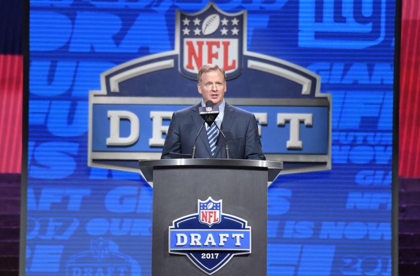 nfl mock draft 2017 top defenses in nfl