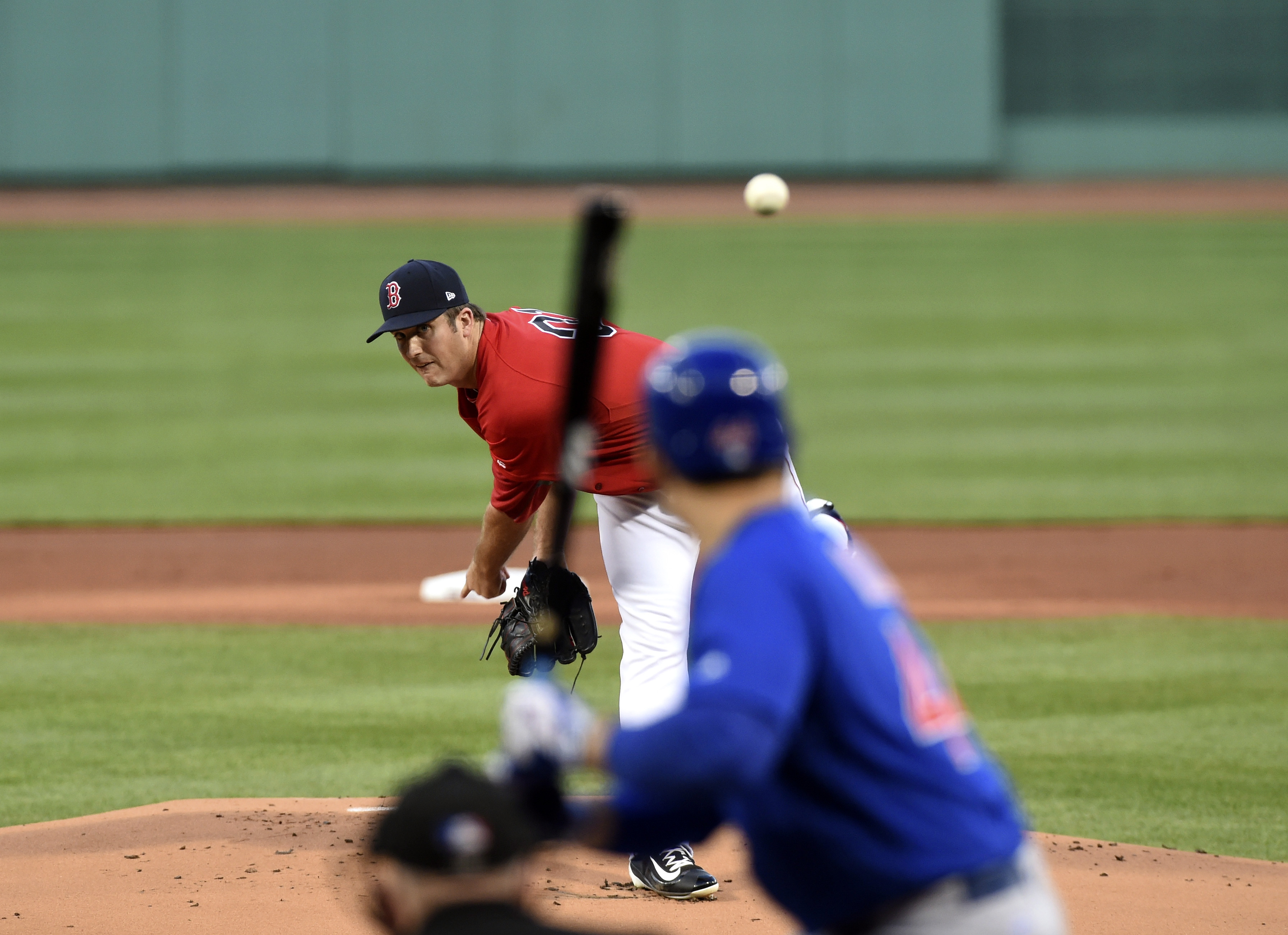 10034652-mlb-chicago-cubs-at-boston-red-sox