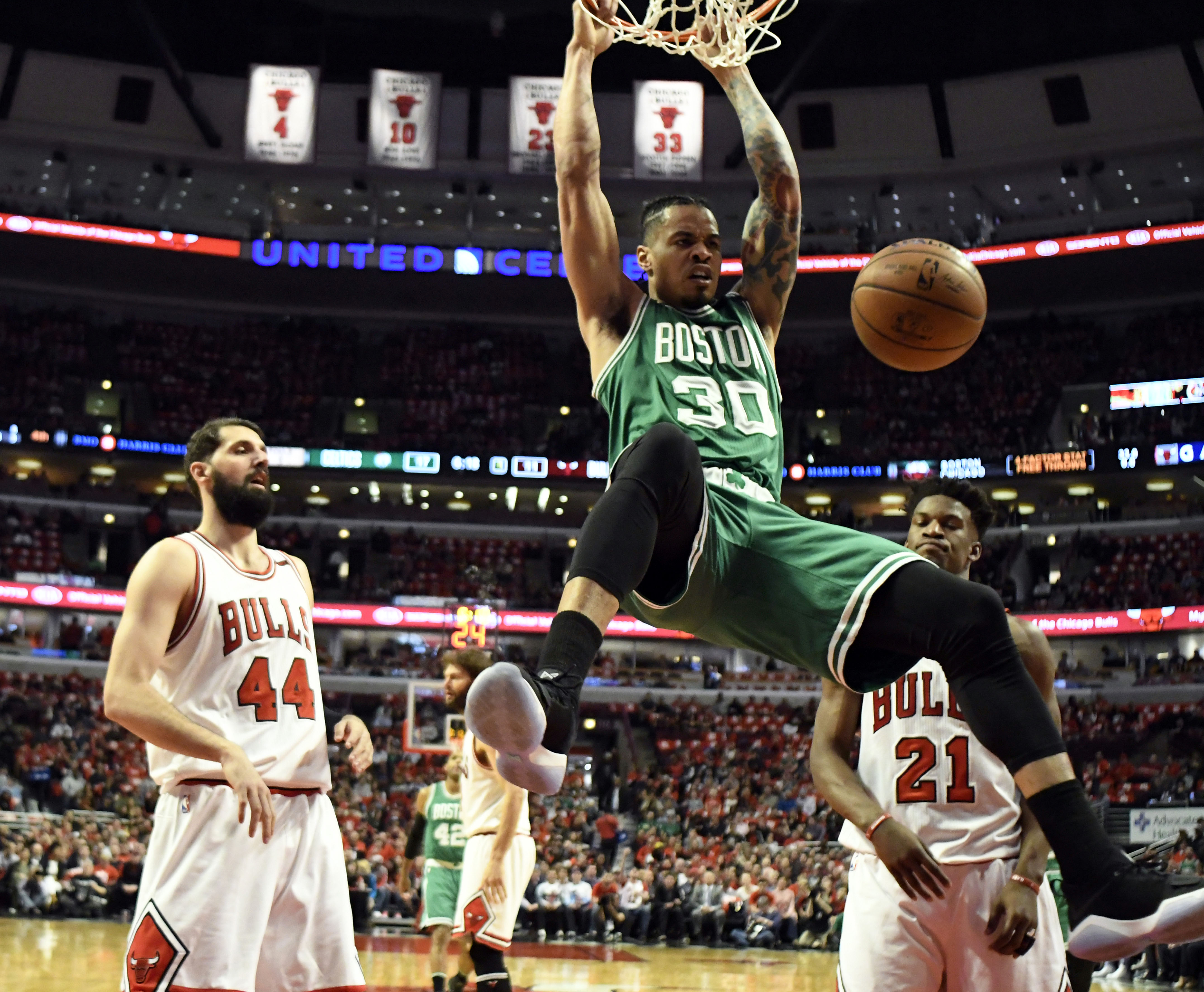 10034772-nba-playoffs-boston-celtics-at-chicago-bulls