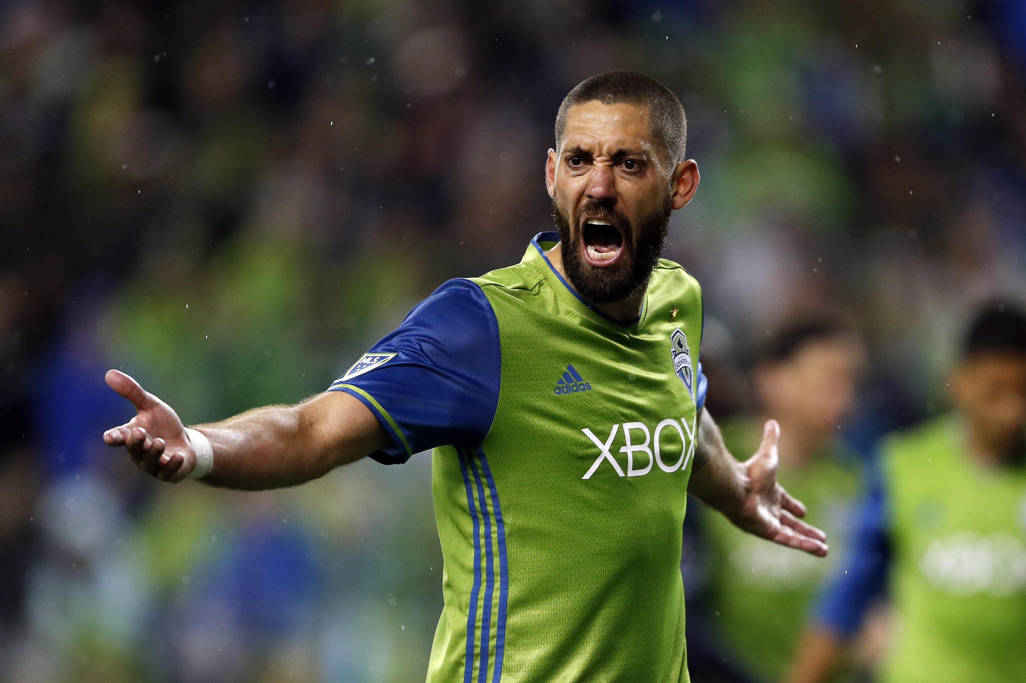 10036871-mls-new-england-revolution-at-seattle-sounders-fc