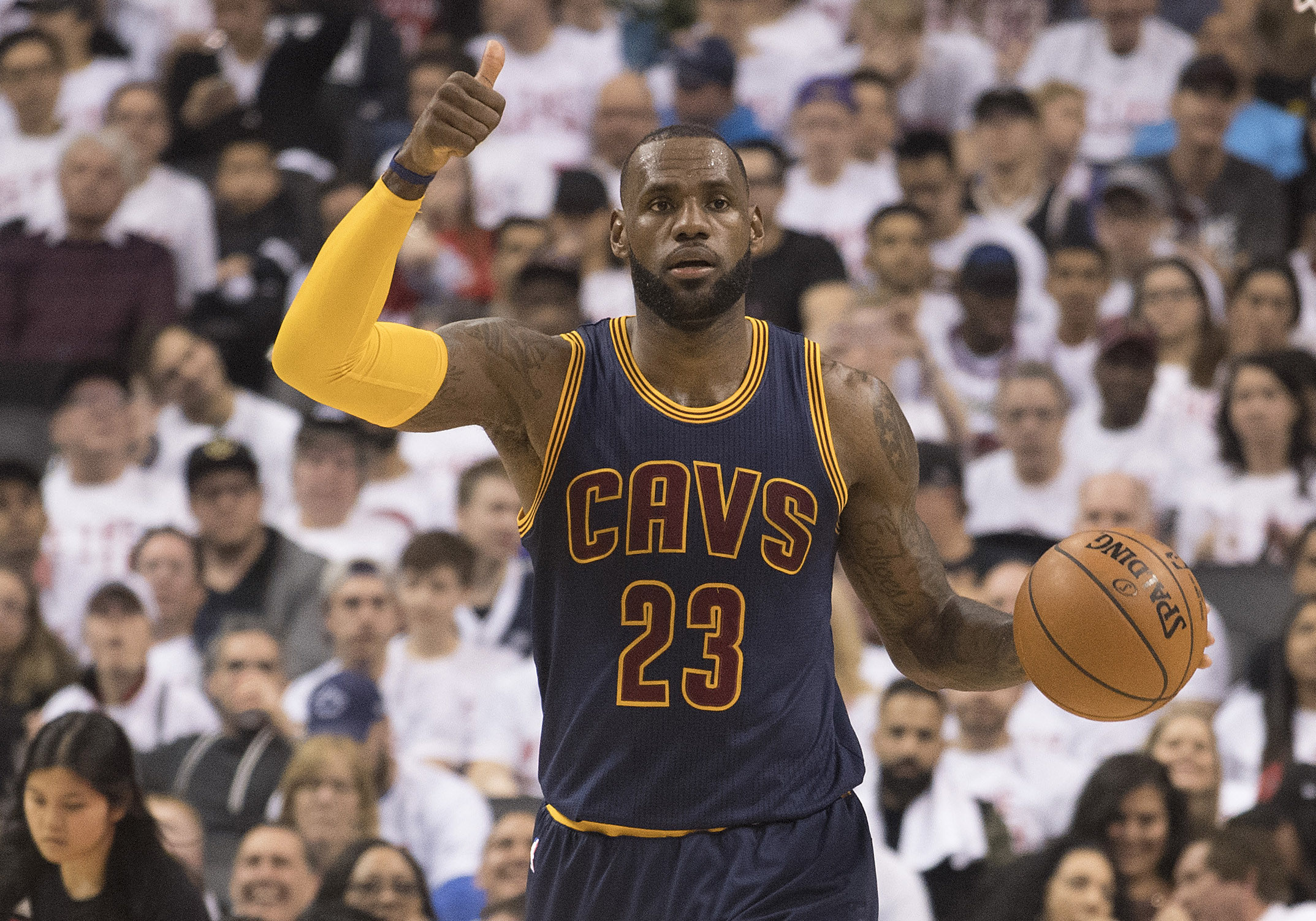 10047232-nba-playoffs-cleveland-cavaliers-at-toronto-raptors