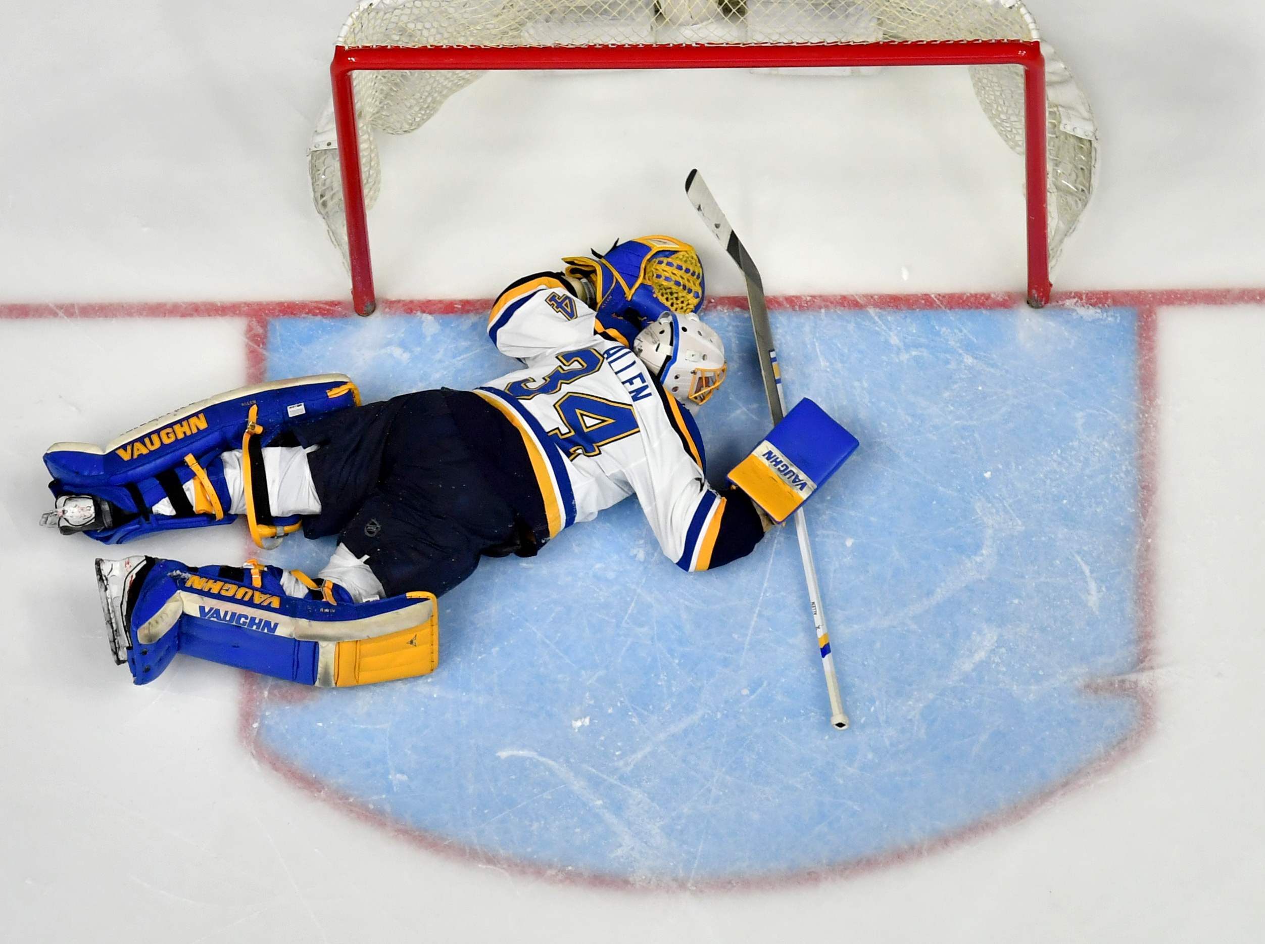 10047603-nhl-stanley-cup-playoffs-st.-louis-blues-at-nashville-predators