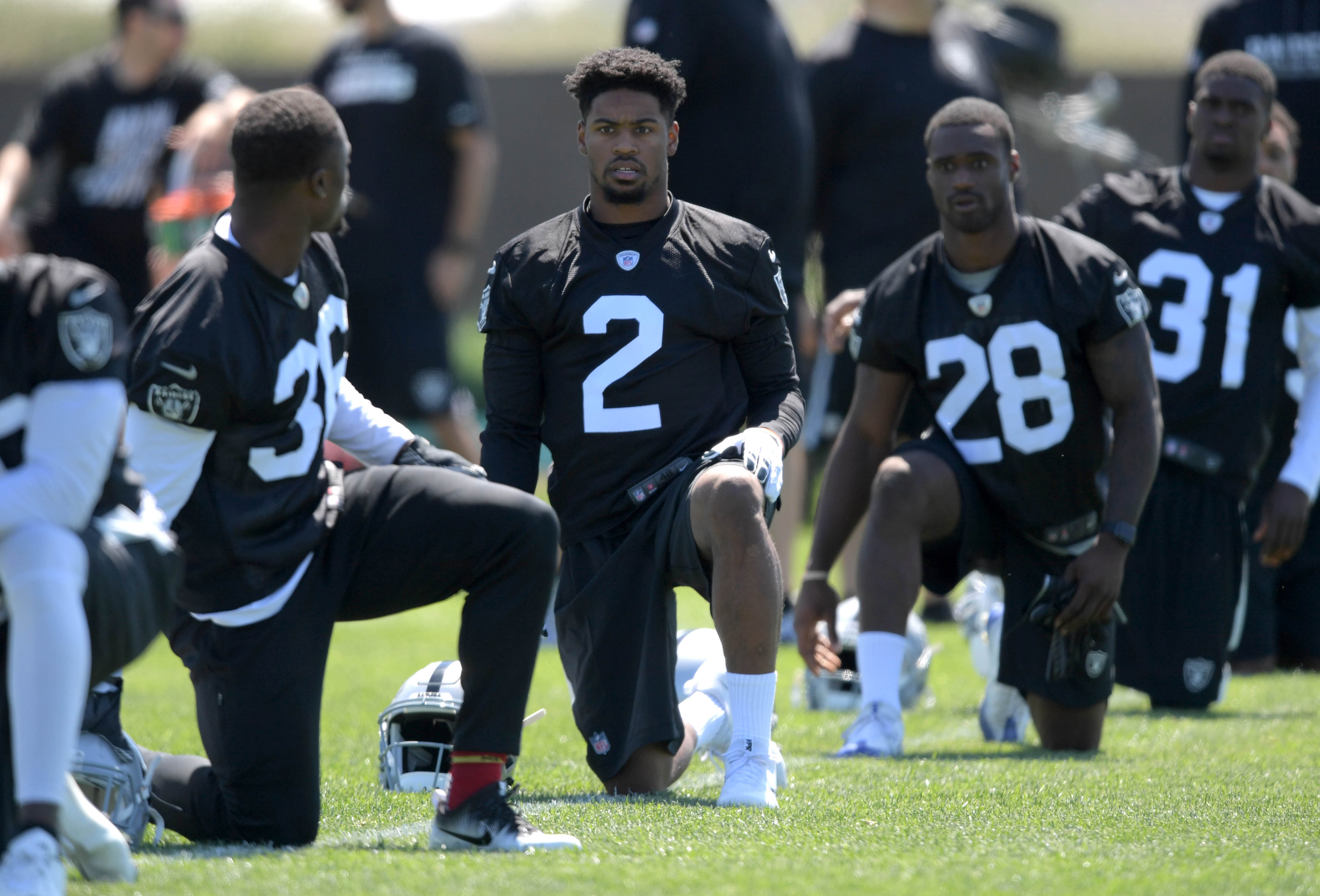 10049034-nfl-oakland-raiders-rookie-minicamp