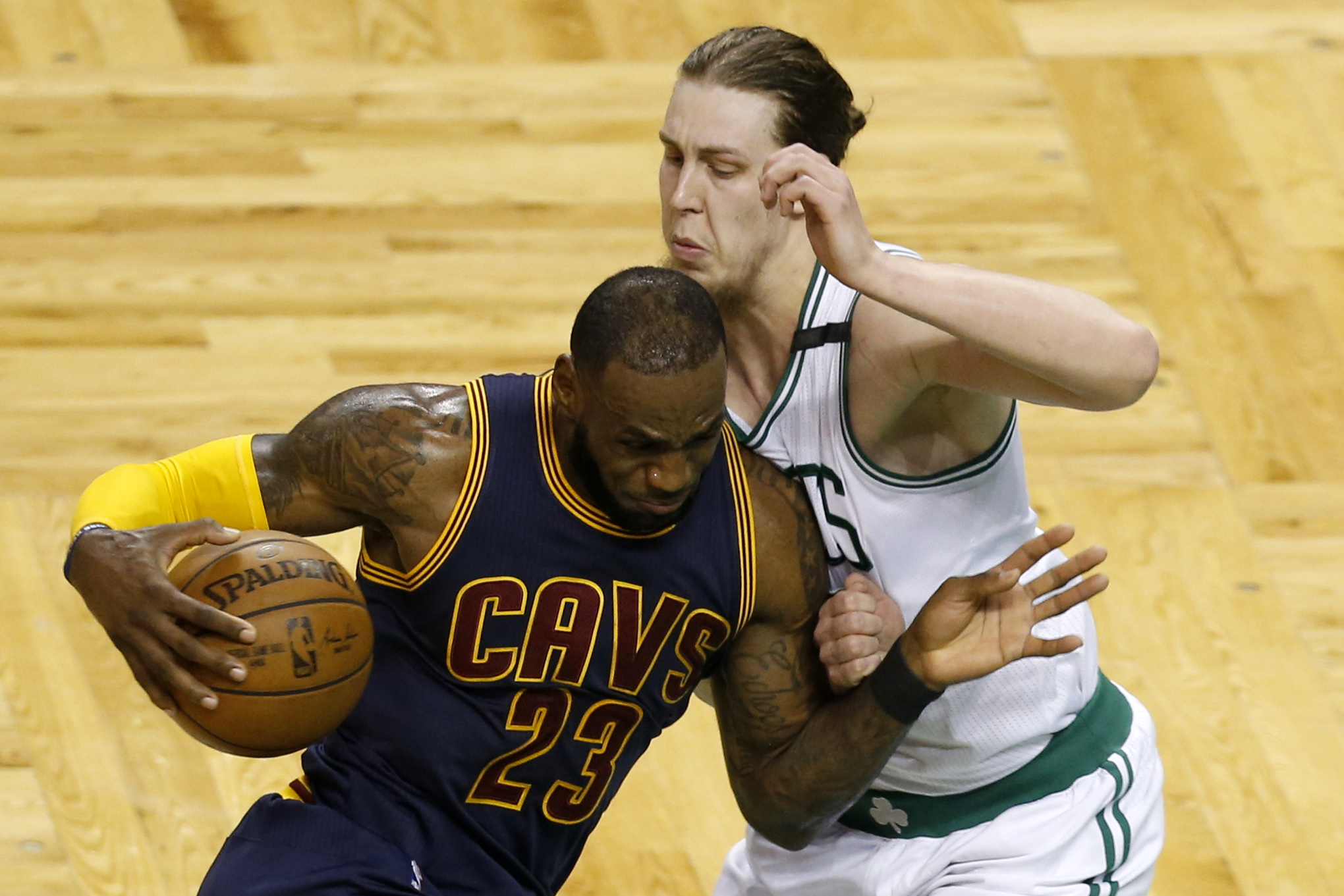 10061582-nba-playoffs-cleveland-cavaliers-at-boston-celtics