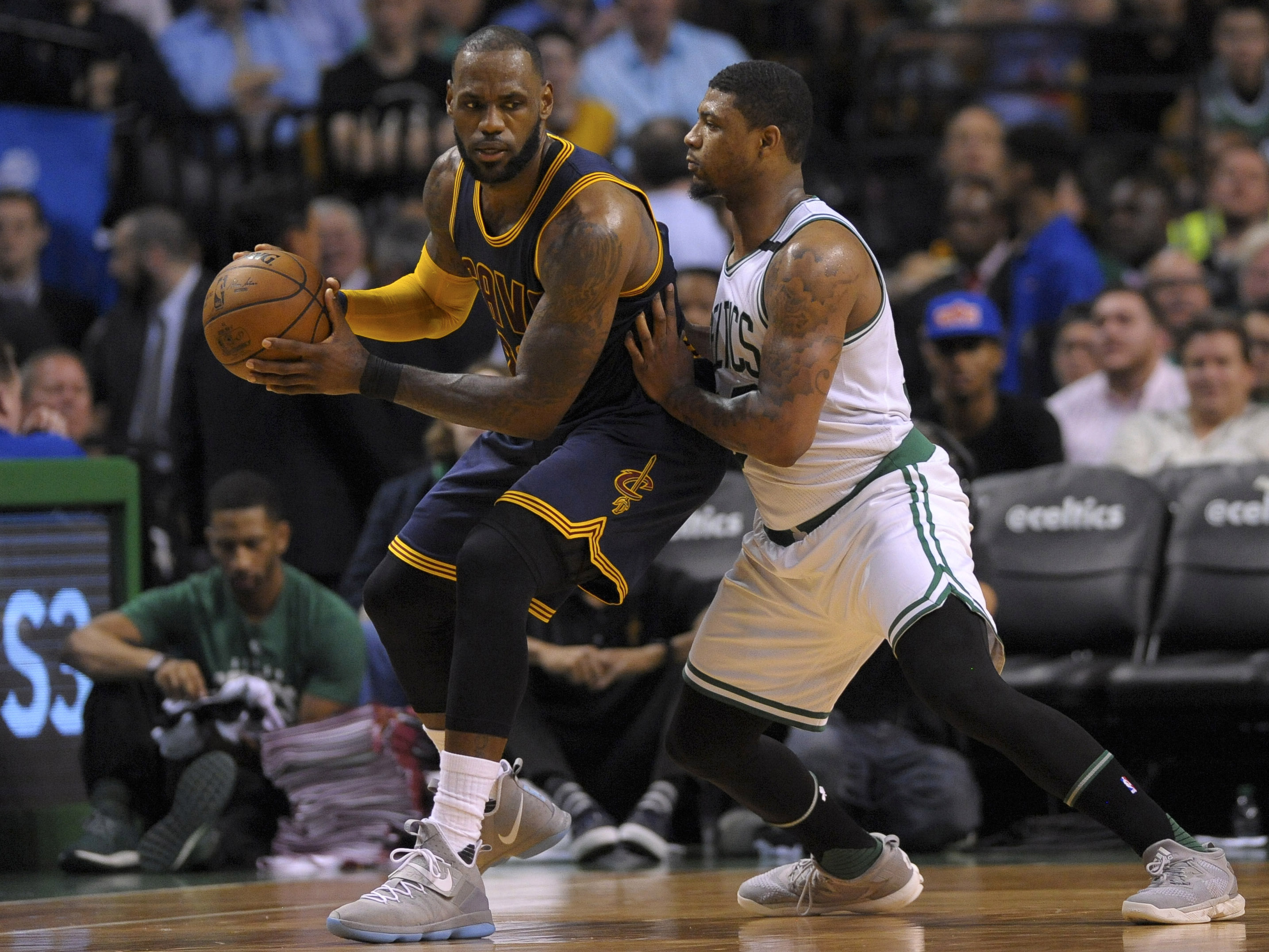 10061729-nba-playoffs-cleveland-cavaliers-at-boston-celtics-1