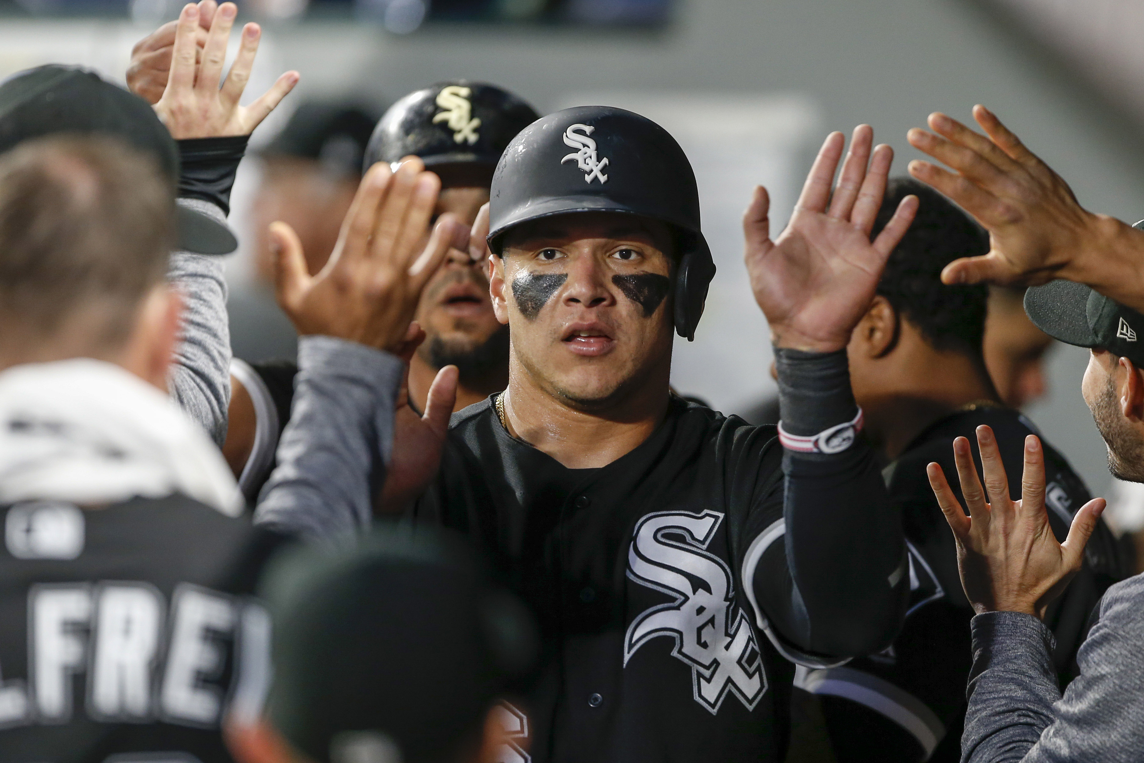 10067854-mlb-chicago-white-sox-at-seattle-mariners