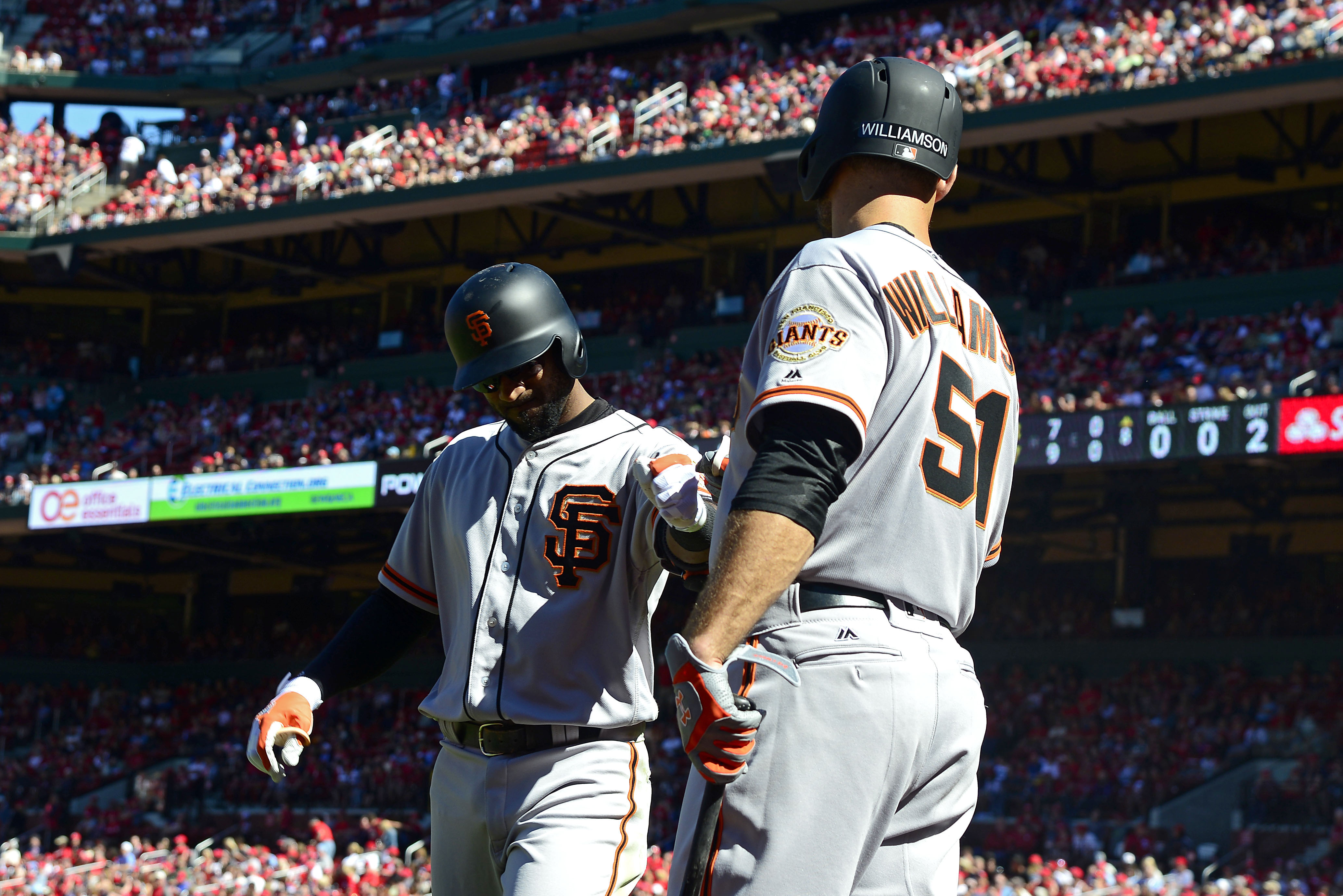 10068560-mlb-san-francisco-giants-at-st.-louis-cardinals