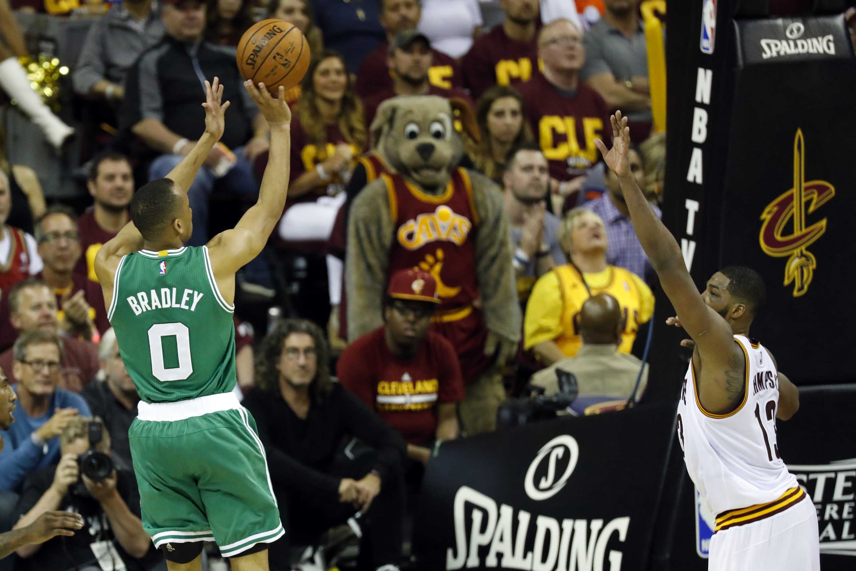 10069158-nba-playoffs-boston-celtics-at-cleveland-cavaliers-1