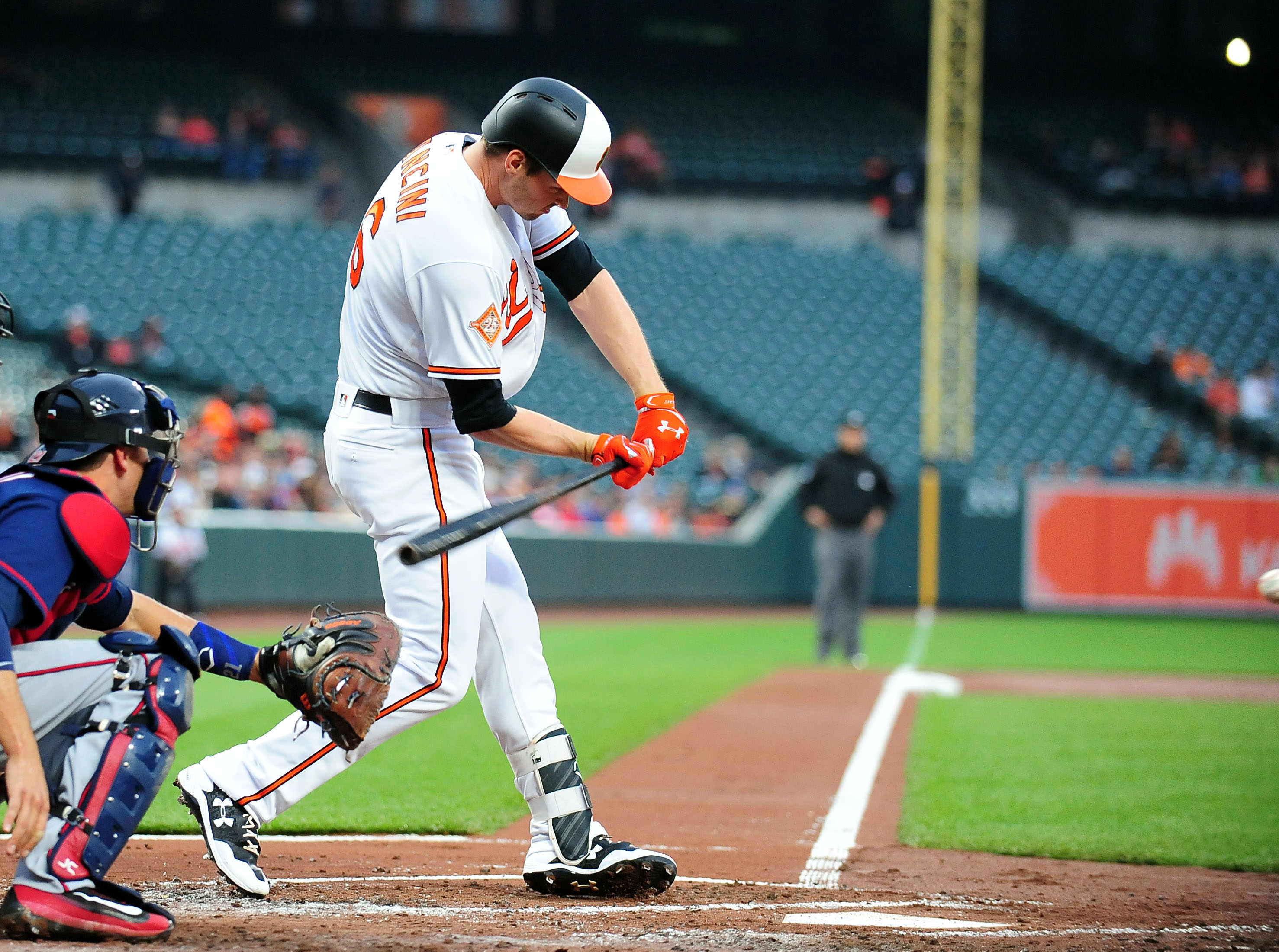 Schoop, Trumbo give Orioles 6-5 comeback win over Pirates
