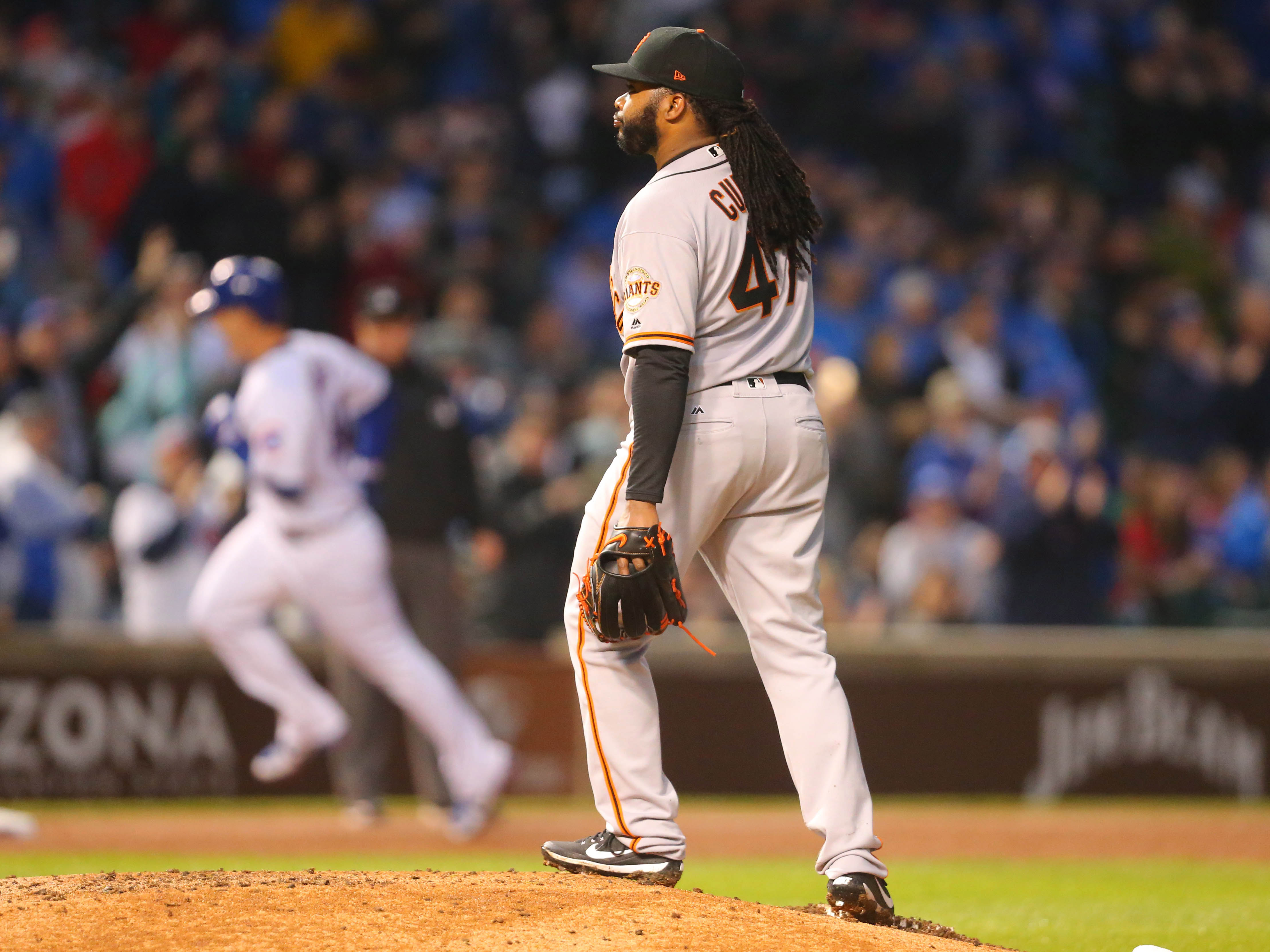 10071500-mlb-san-francisco-giants-at-chicago-cubs