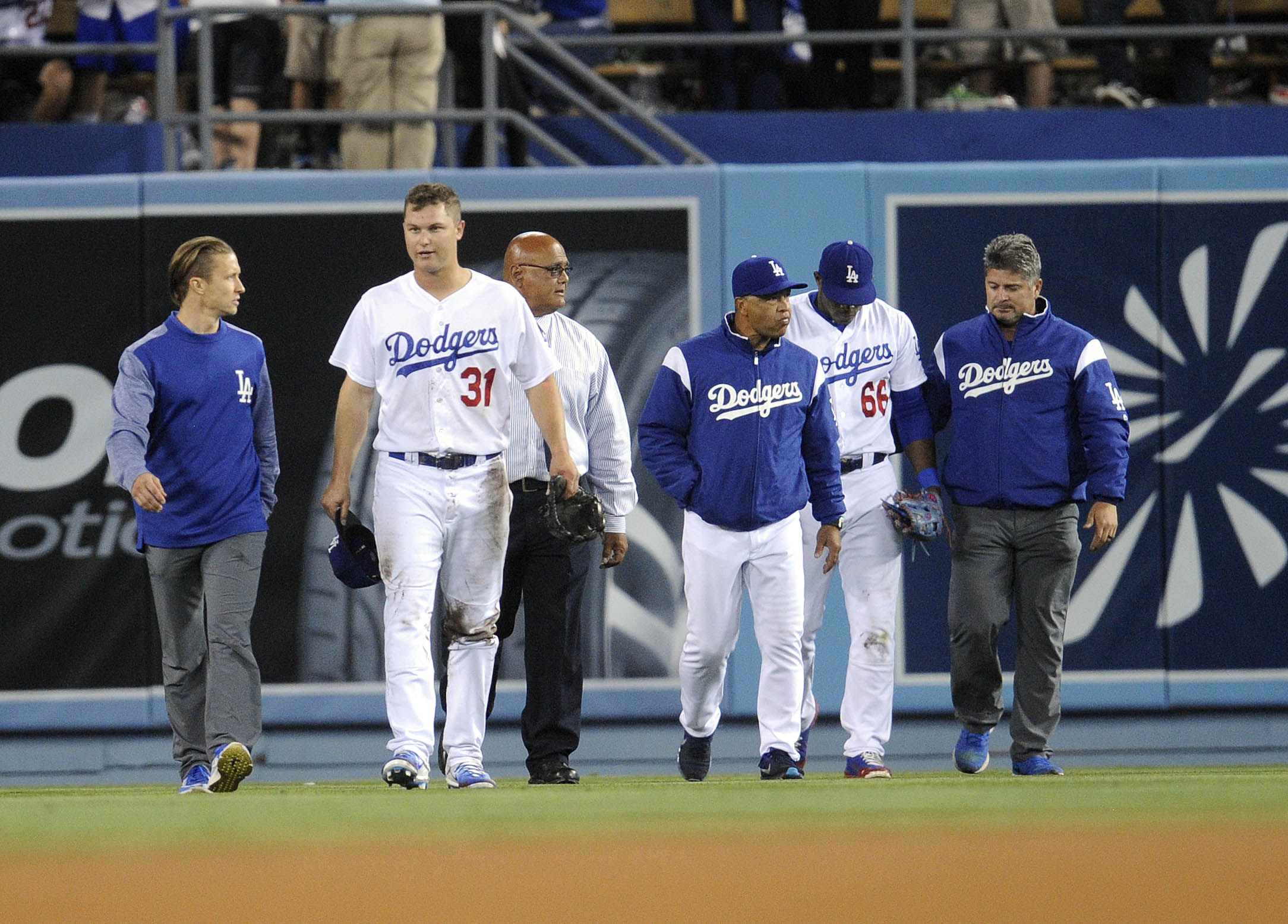 10071866-mlb-st.-louis-cardinals-at-los-angeles-dodgers