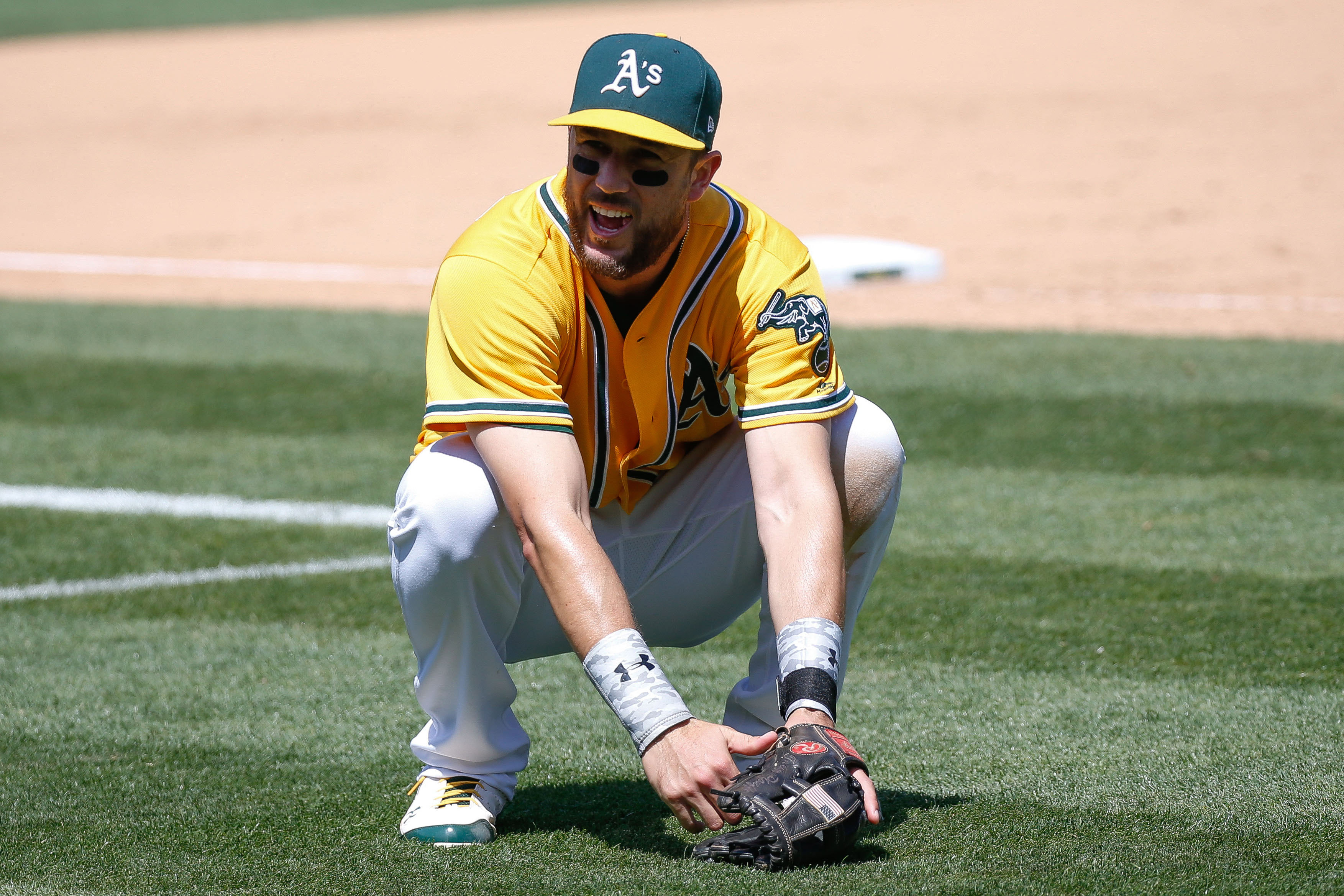 10072170-mlb-miami-marlins-at-oakland-athletics