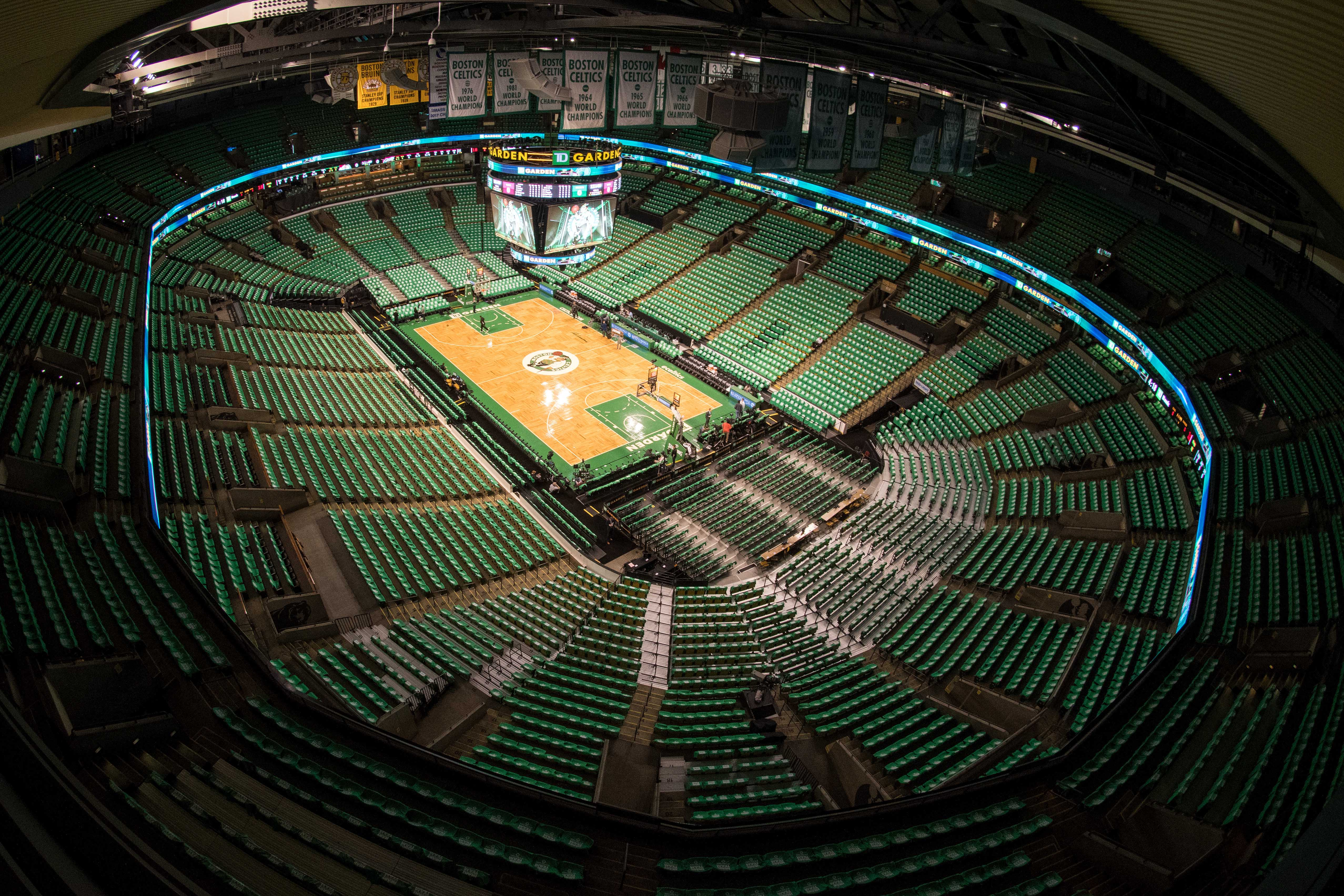 10073039-nba-playoffs-cleveland-cavaliers-at-boston-celtics