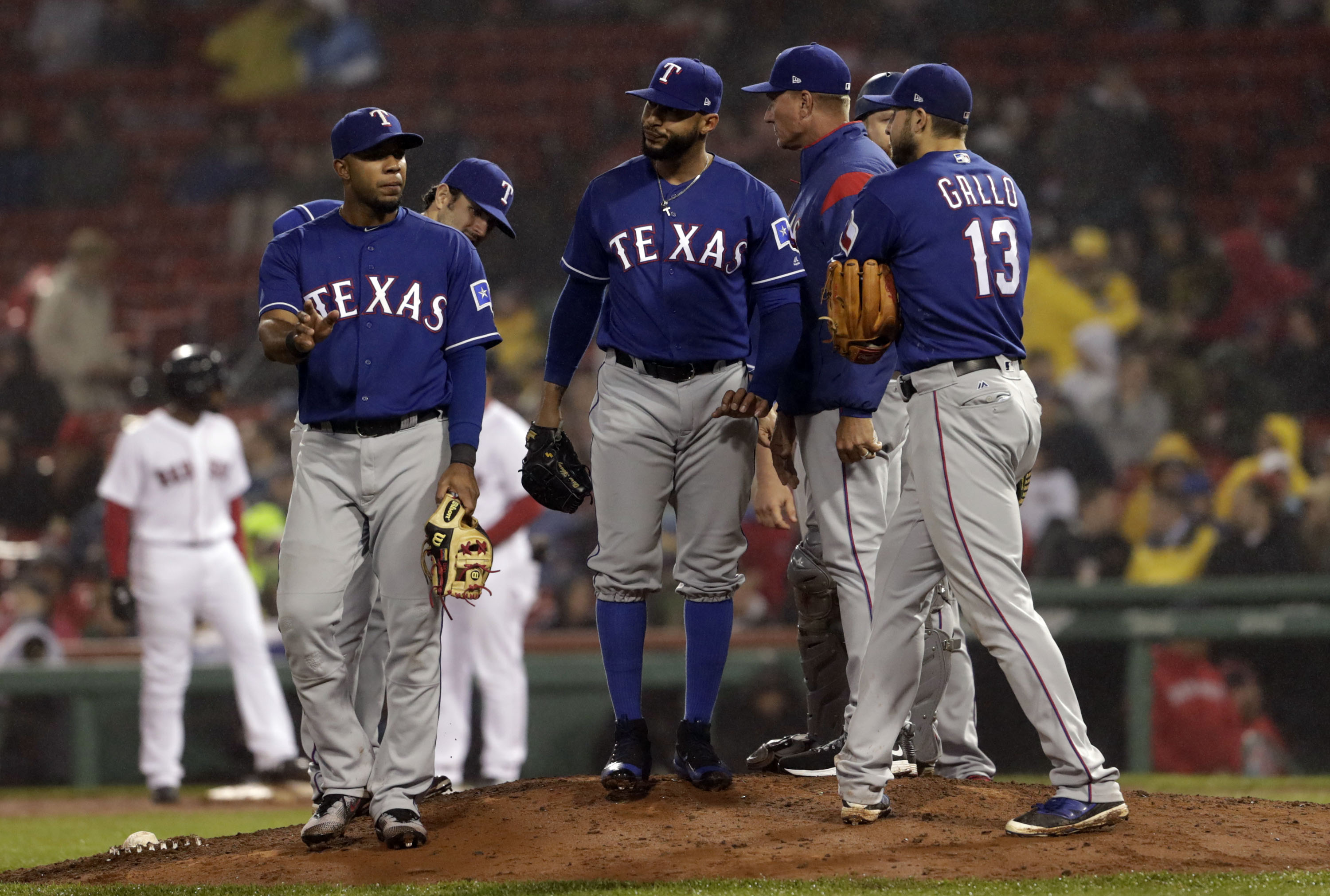 10073468-mlb-texas-rangers-at-boston-red-sox