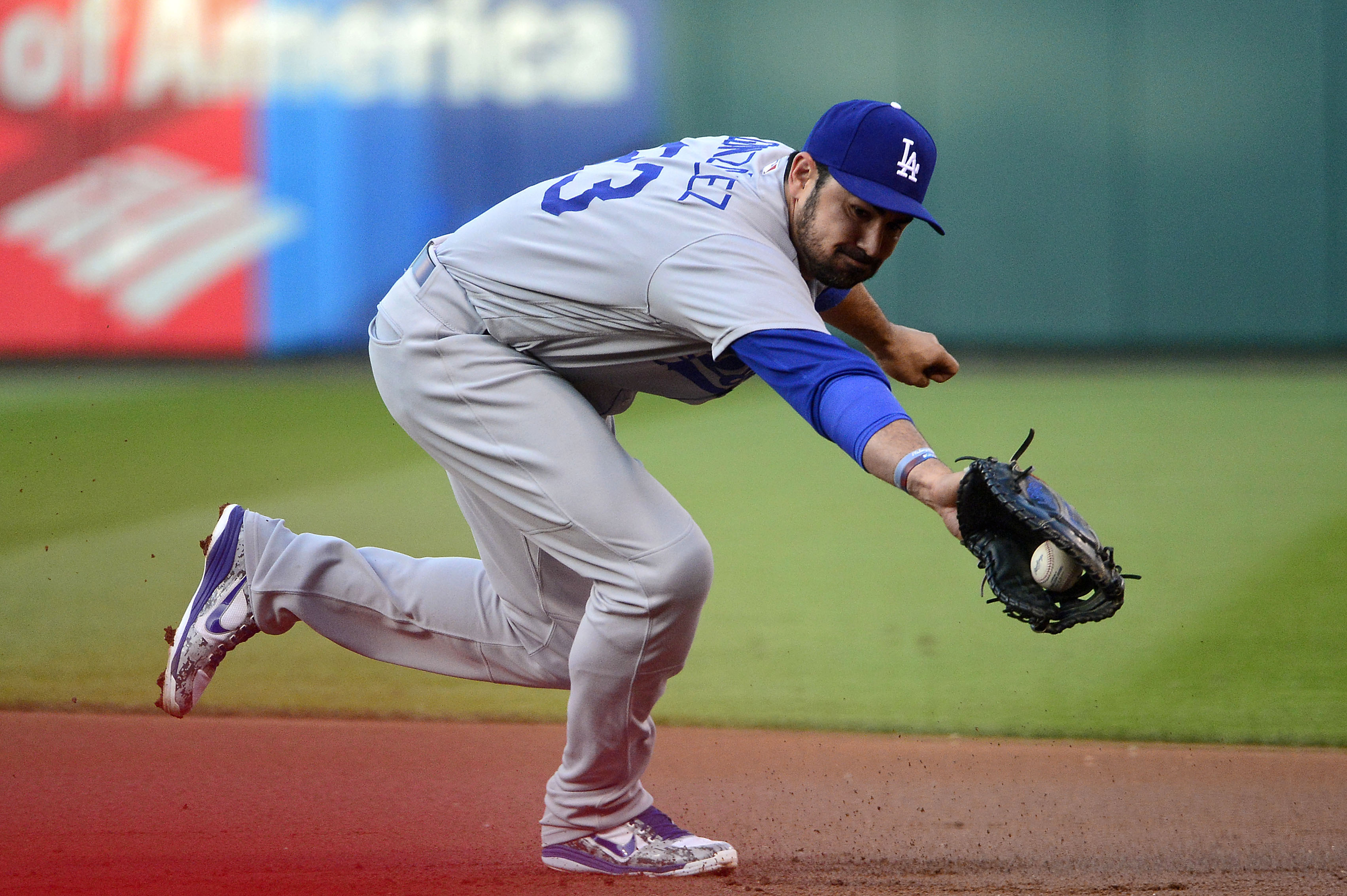 10083711-mlb-los-angeles-dodgers-at-st.-louis-cardinals-1
