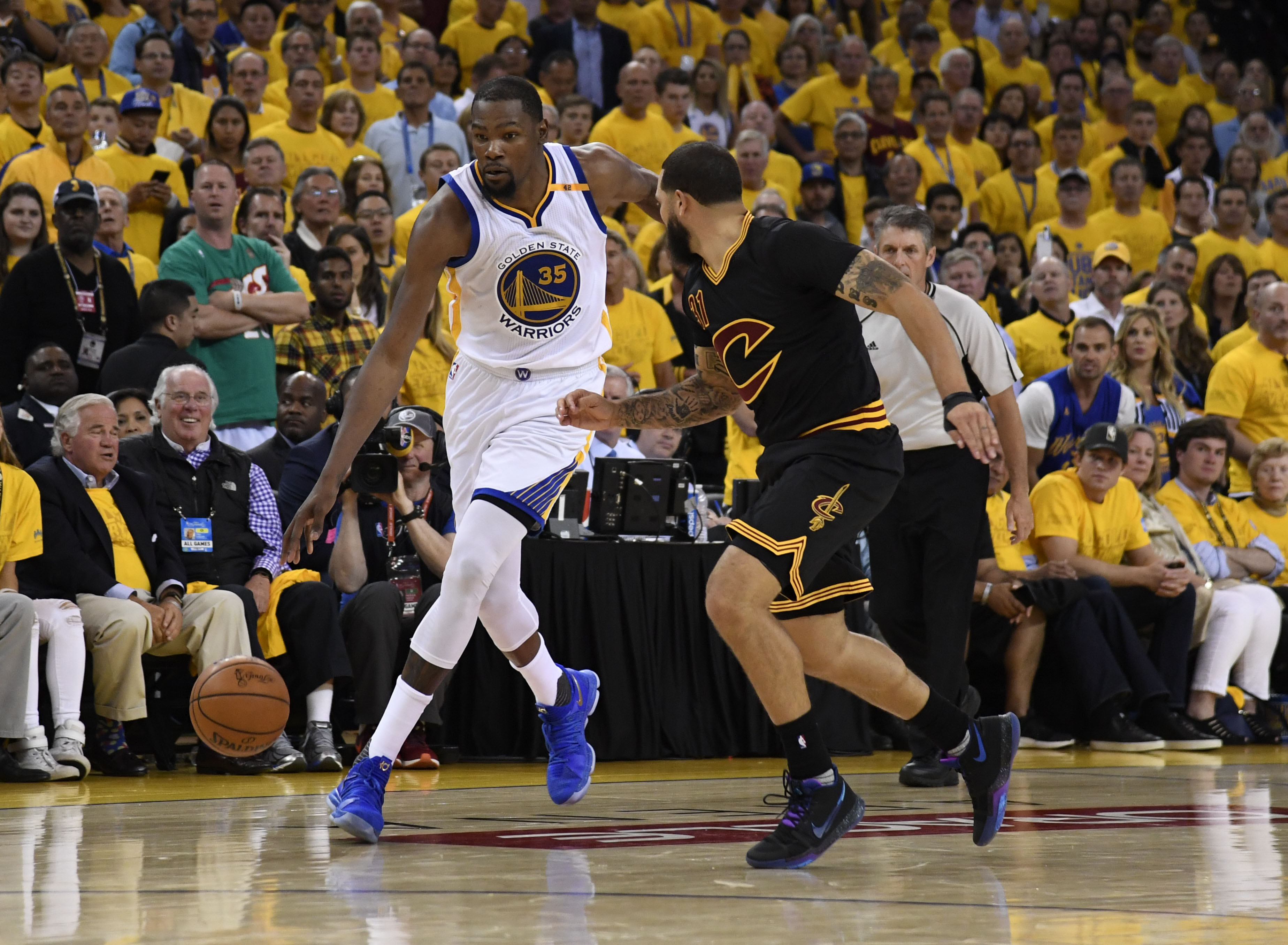 NBA Finals: Kevin Durant posts amazing statline in Game 2 of Warriors win