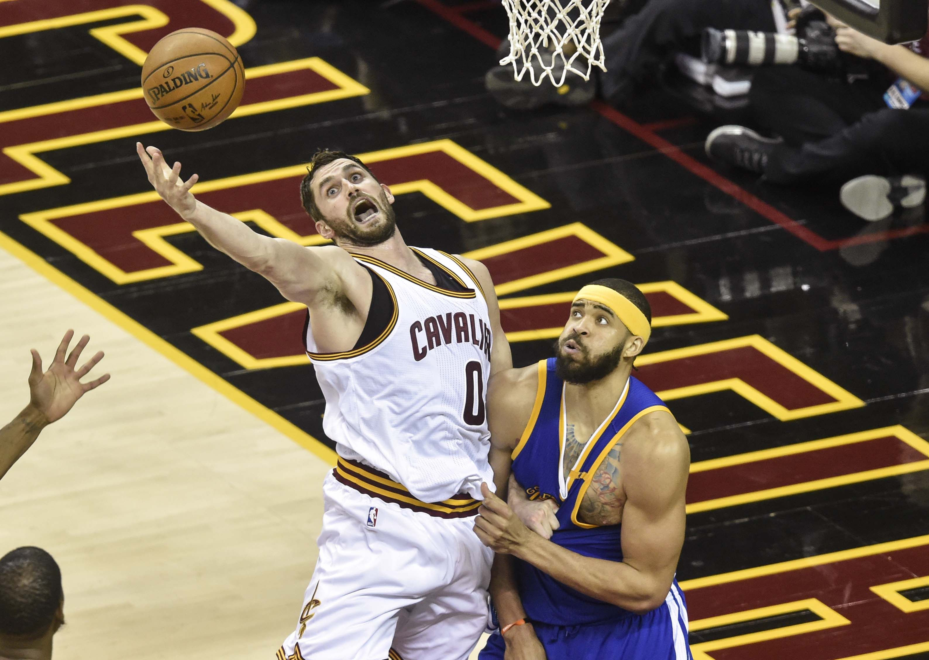 10096456-nba-finals-golden-state-warriors-at-cleveland-cavaliers