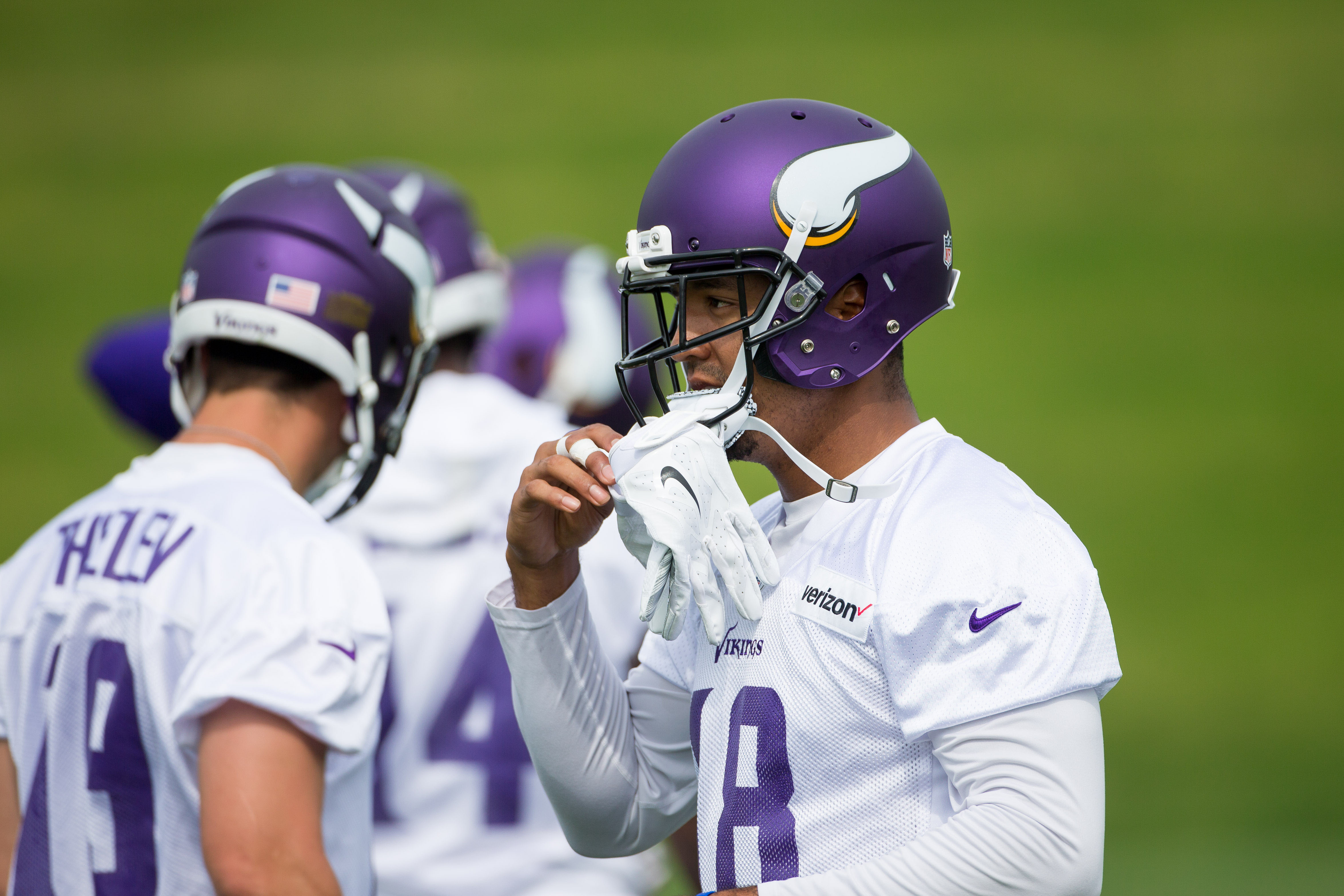 Minnesota Vikings backing Michael Floyd's alcohol-based tea defense