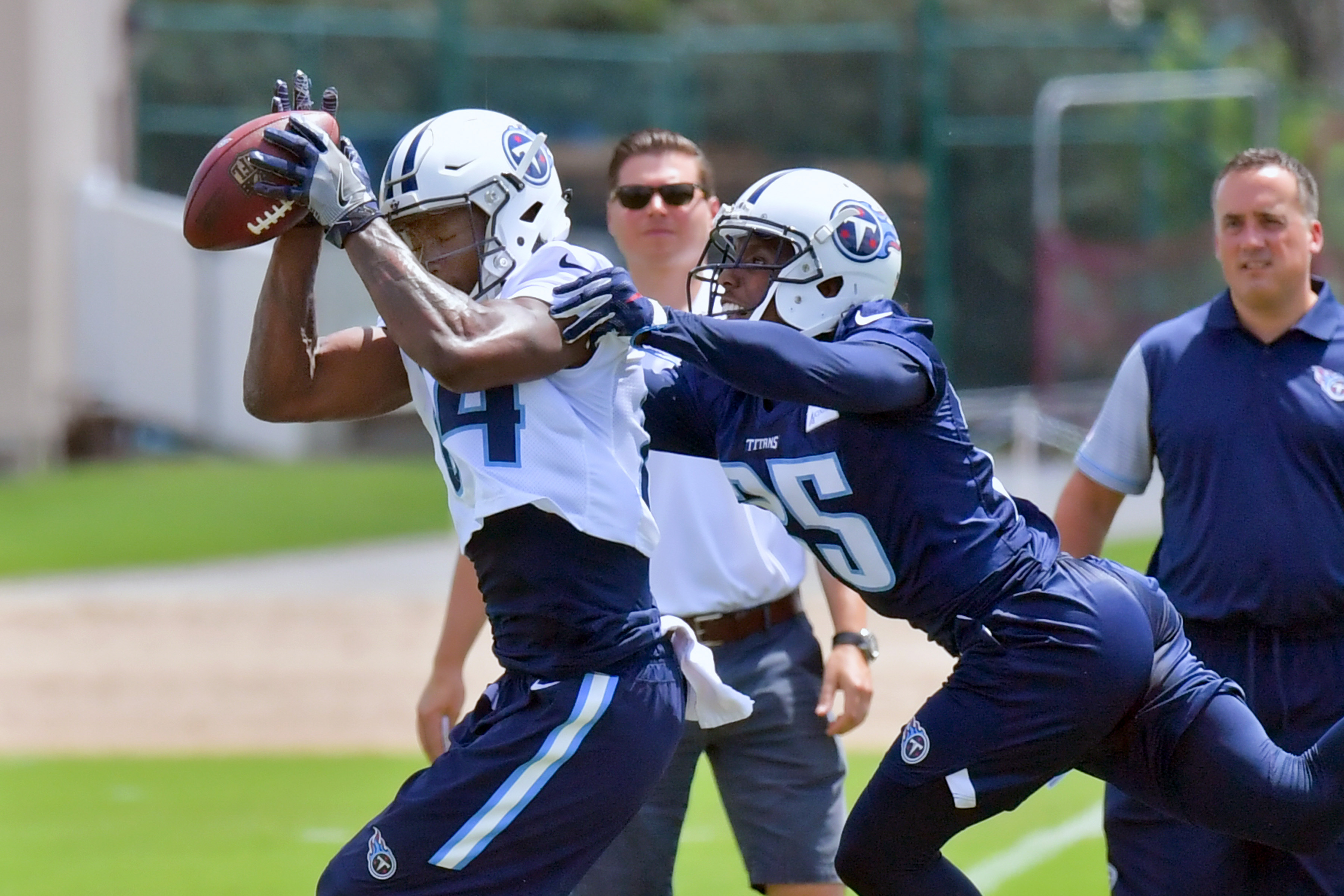 10106744-nfl-tennessee-titans-minicamp
