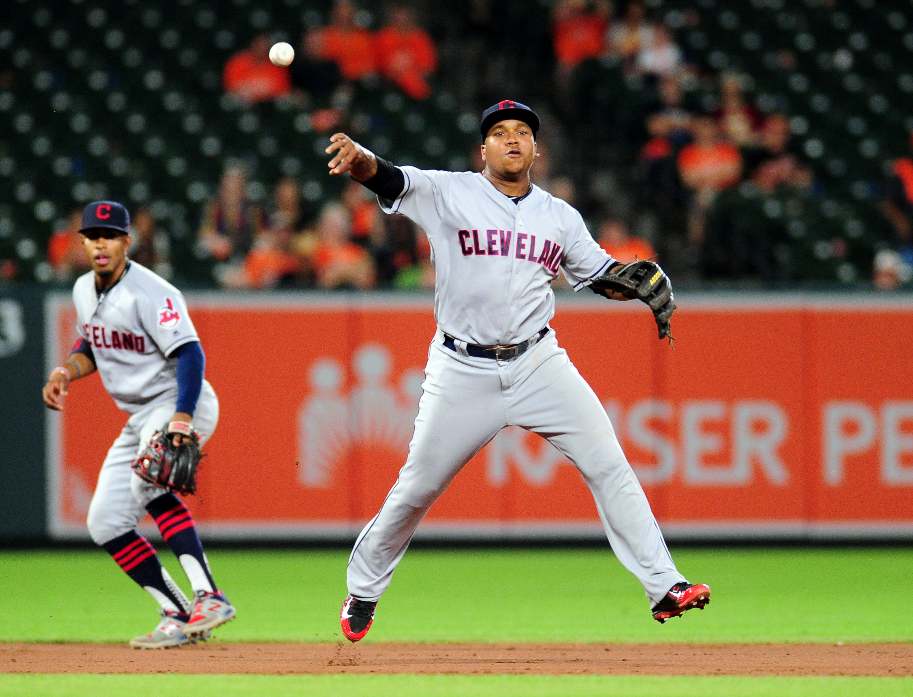 10125835-mlb-cleveland-indians-at-baltimore-orioles