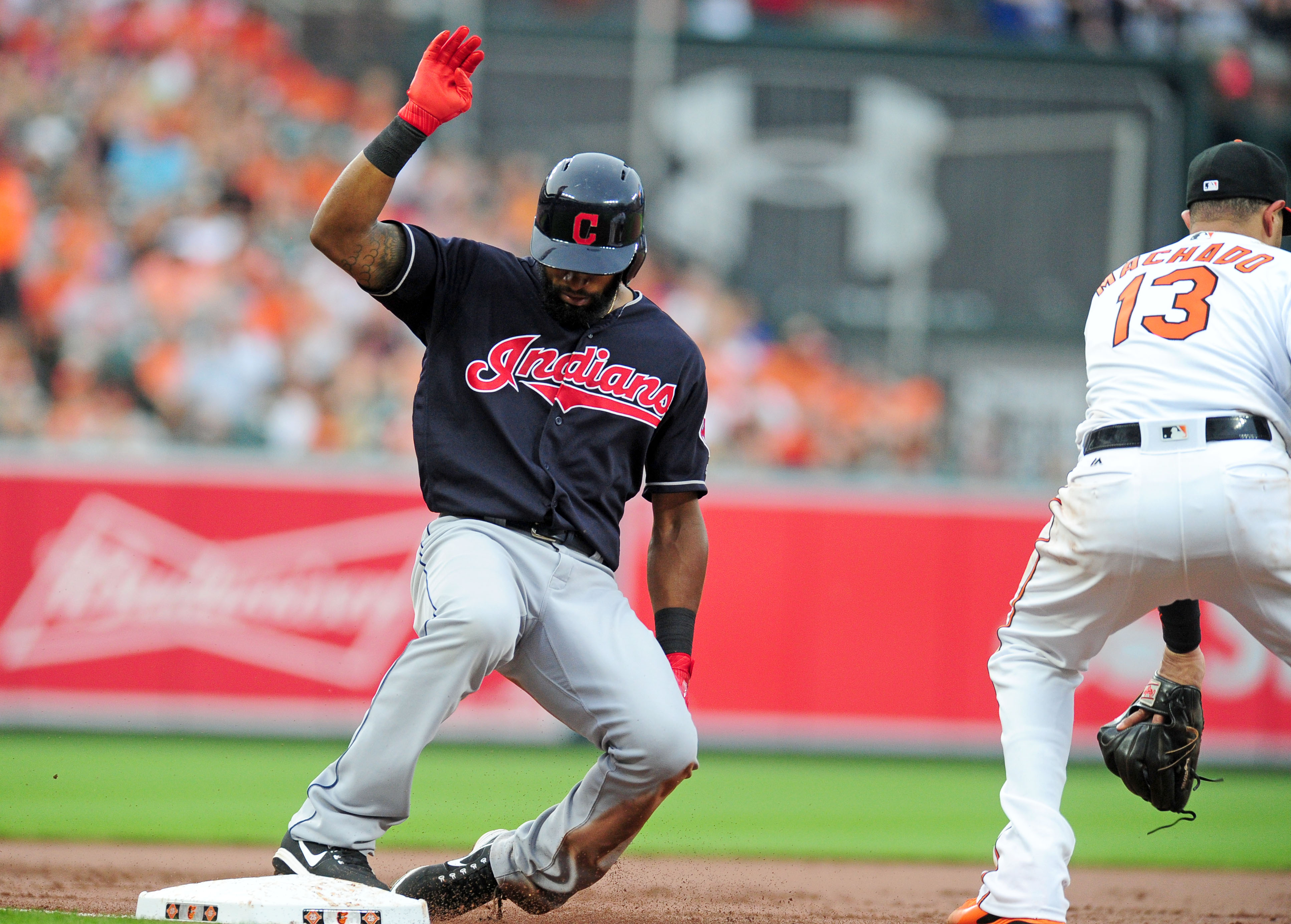 10126840-mlb-cleveland-indians-at-baltimore-orioles