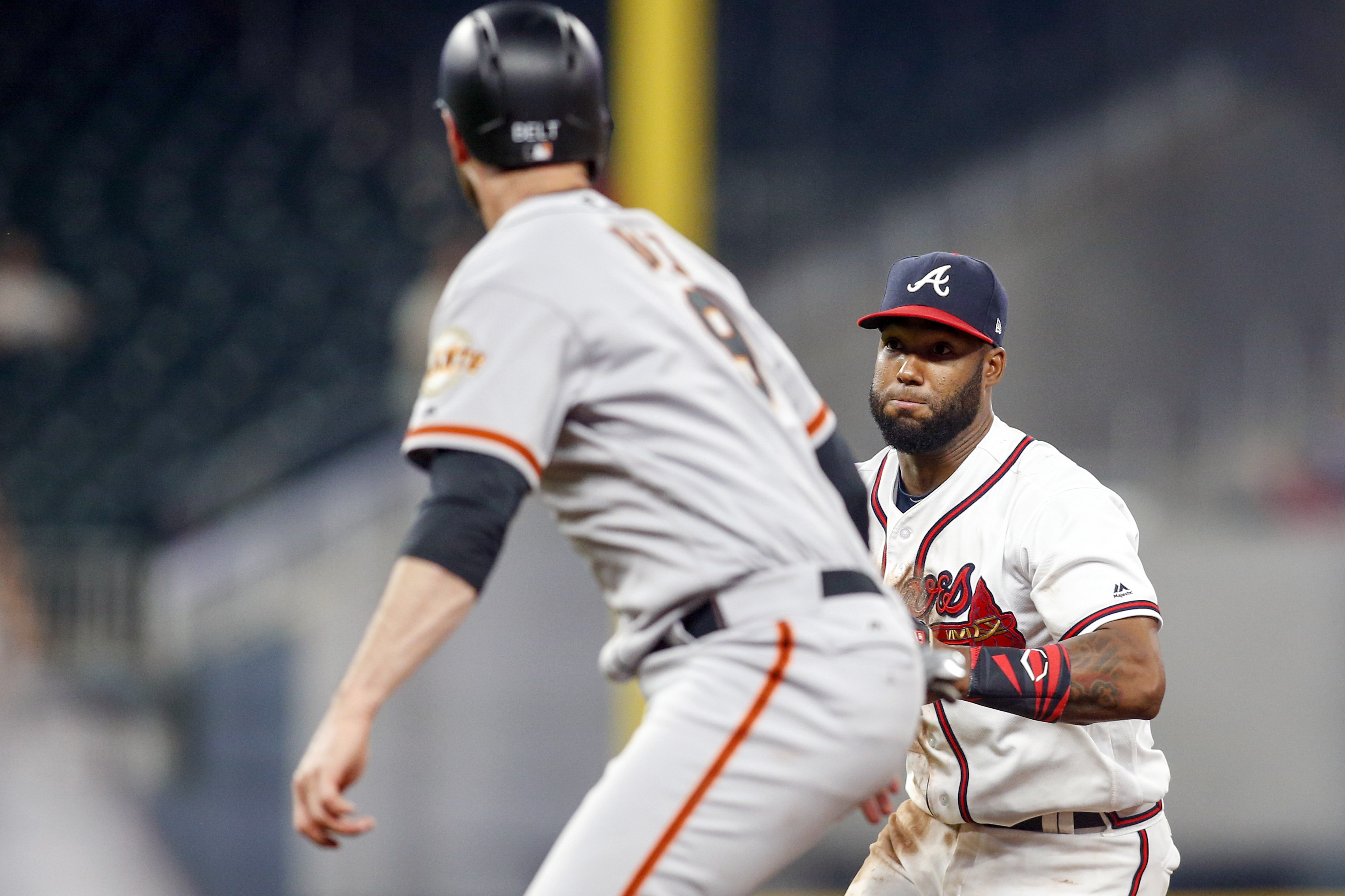 10126945-mlb-san-francisco-giants-at-atlanta-braves