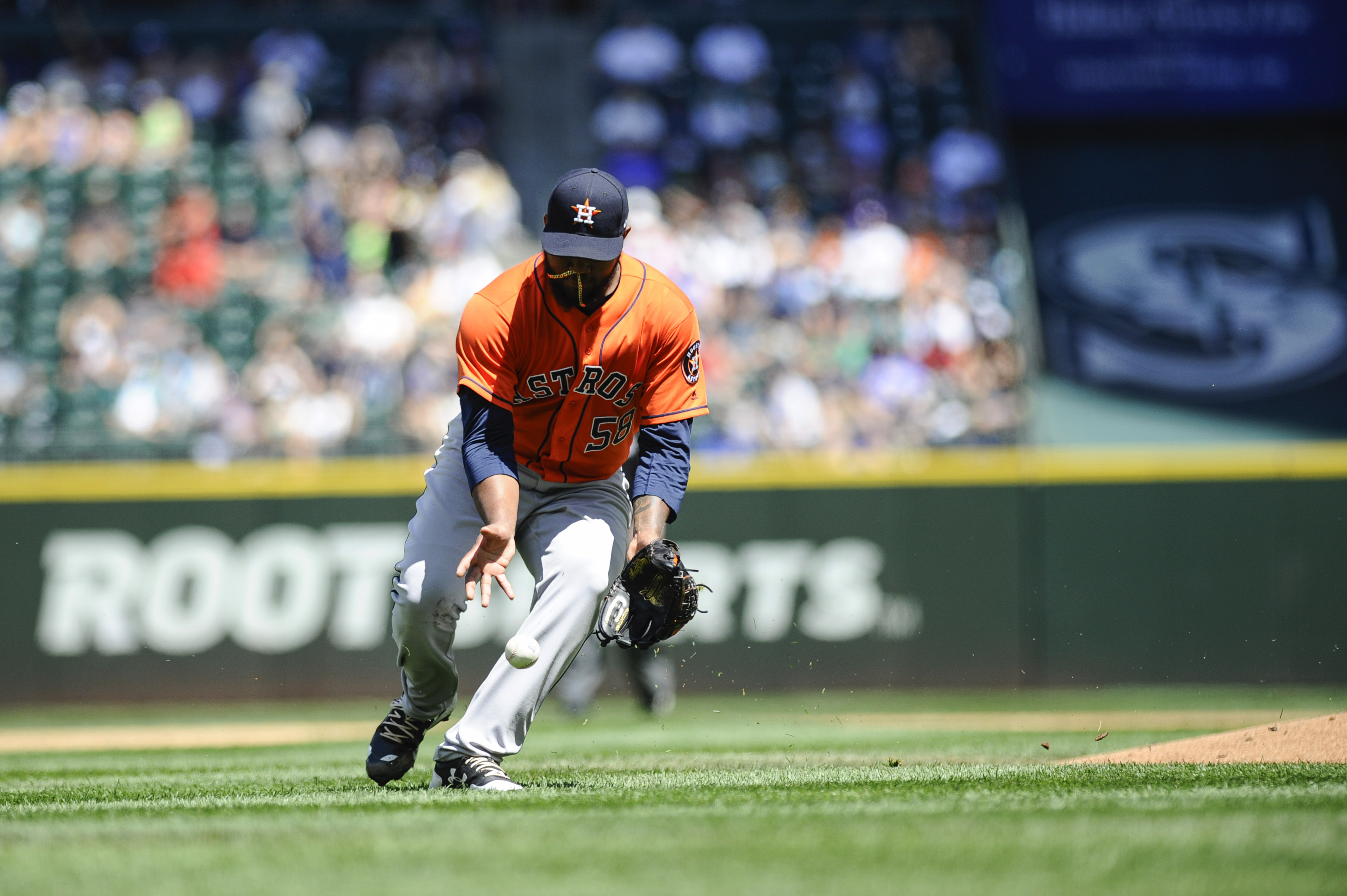 10131071-mlb-houston-astros-at-seattle-mariners