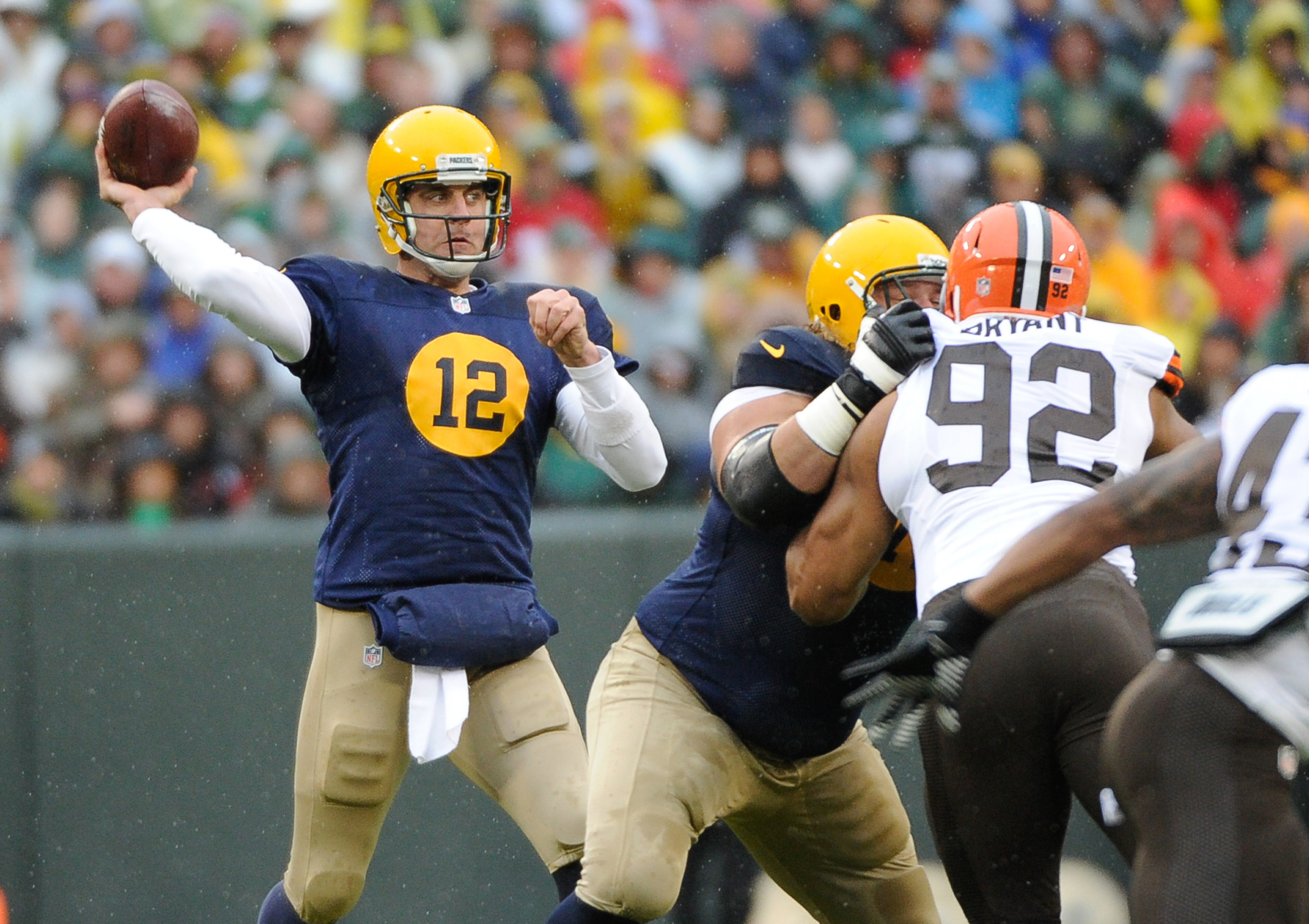 7504264-nfl-cleveland-browns-at-green-bay-packers