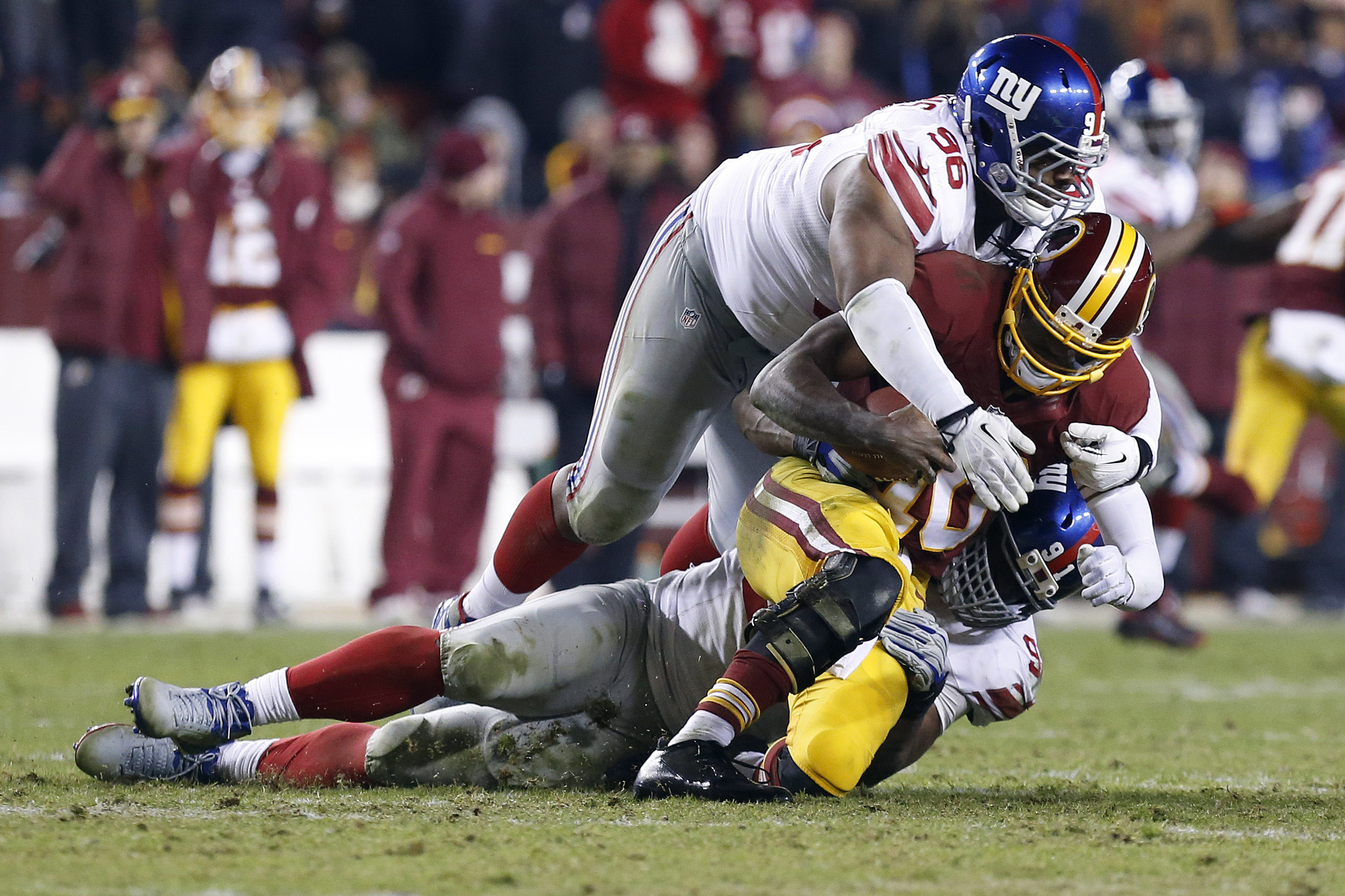7594261-nfl-new-york-giants-at-washington-redskins