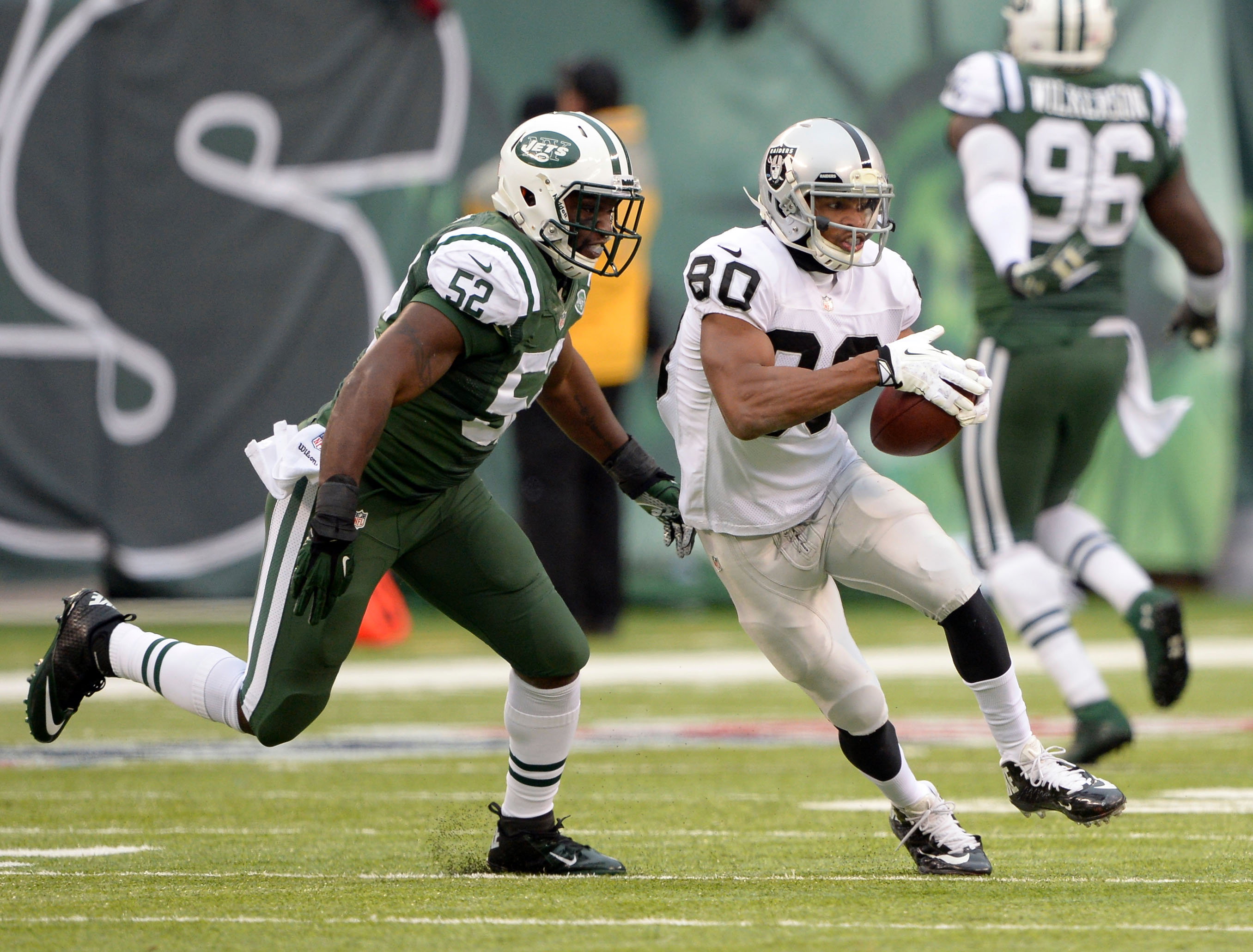 7606384-nfl-oakland-raiders-at-new-york-jets