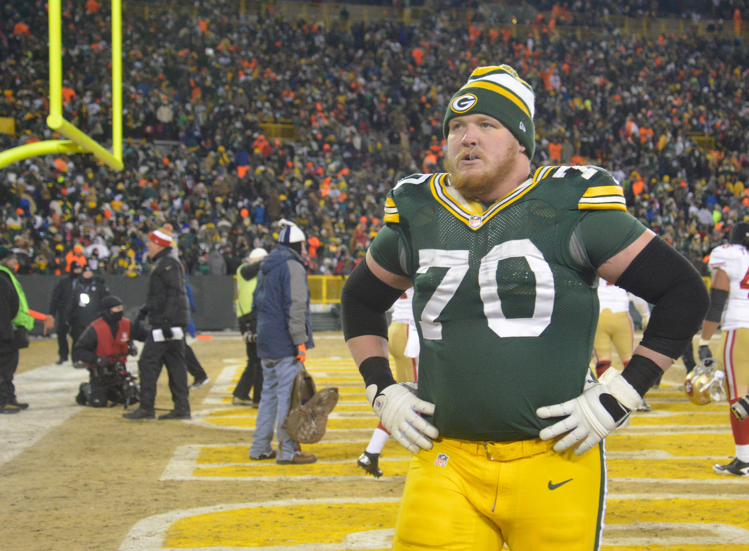 7656201-nfl-nfc-wildcard-playoff-san-francisco-49ers-at-green-bay-packers-1