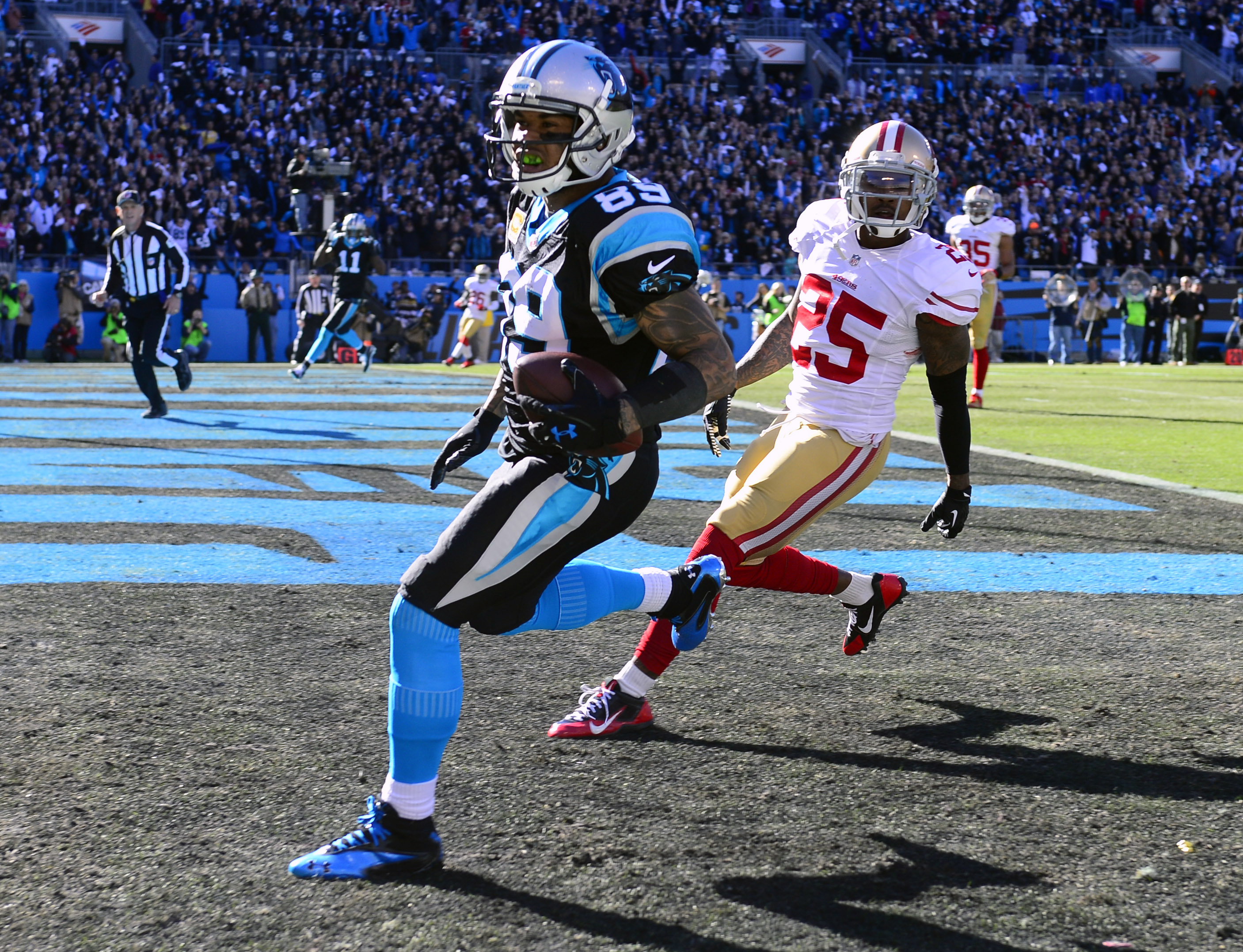 7670690-nfl-divisional-round-san-franciso-49ers-at-carolina-panthers
