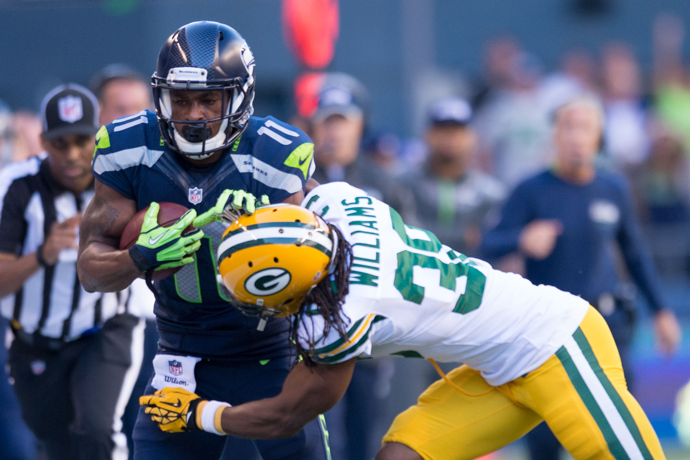 8066104-nfl-green-bay-packers-at-seattle-seahawks