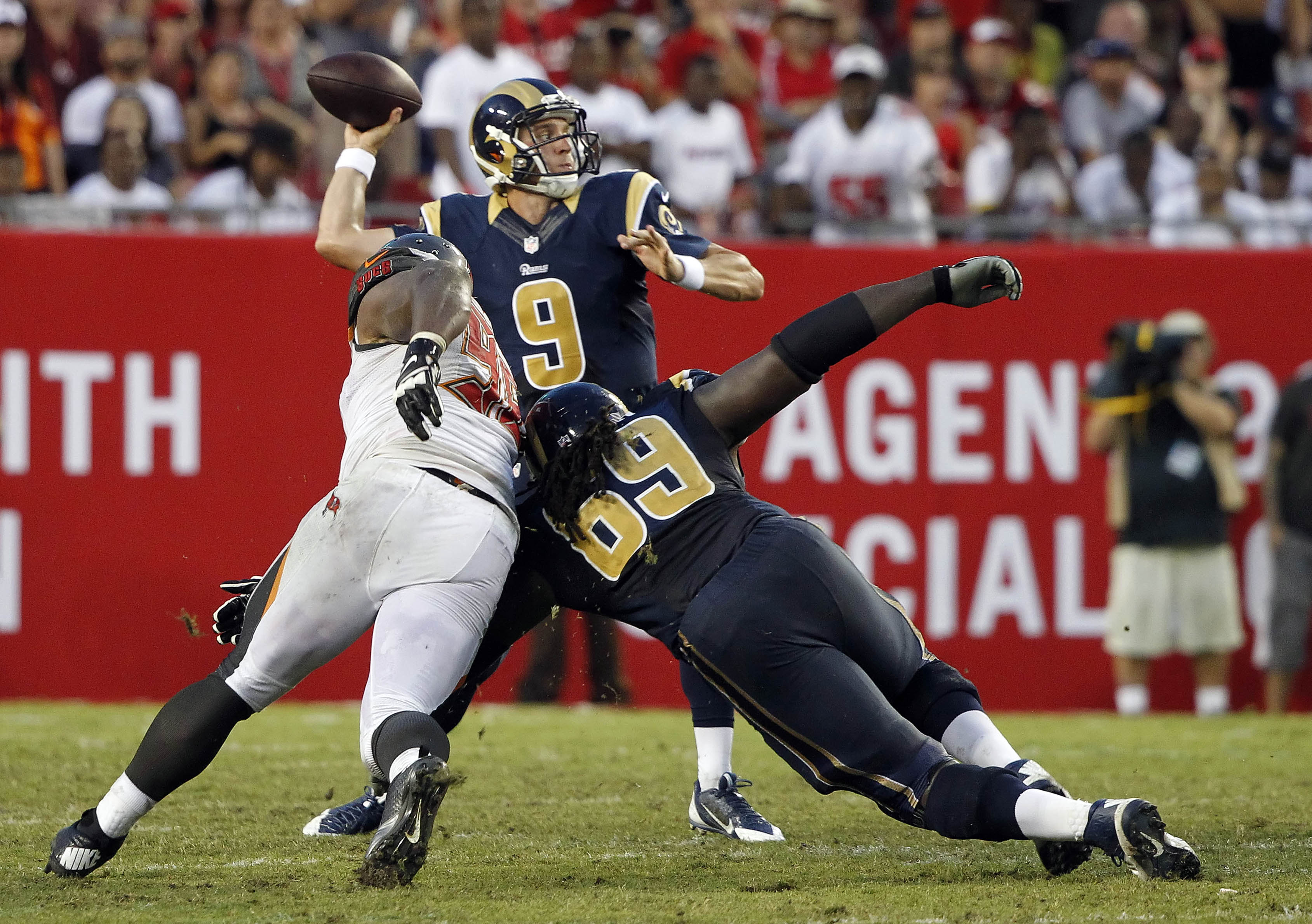 8088461-nfl-st.-louis-rams-at-tampa-bay-buccaneers