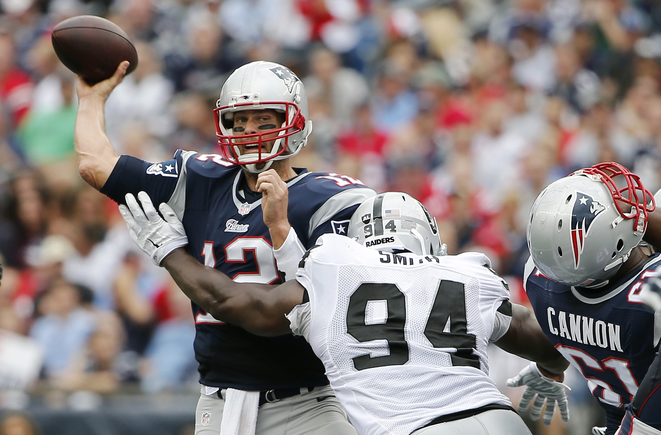 8098429-nfl-oakland-raiders-at-new-england-patriots