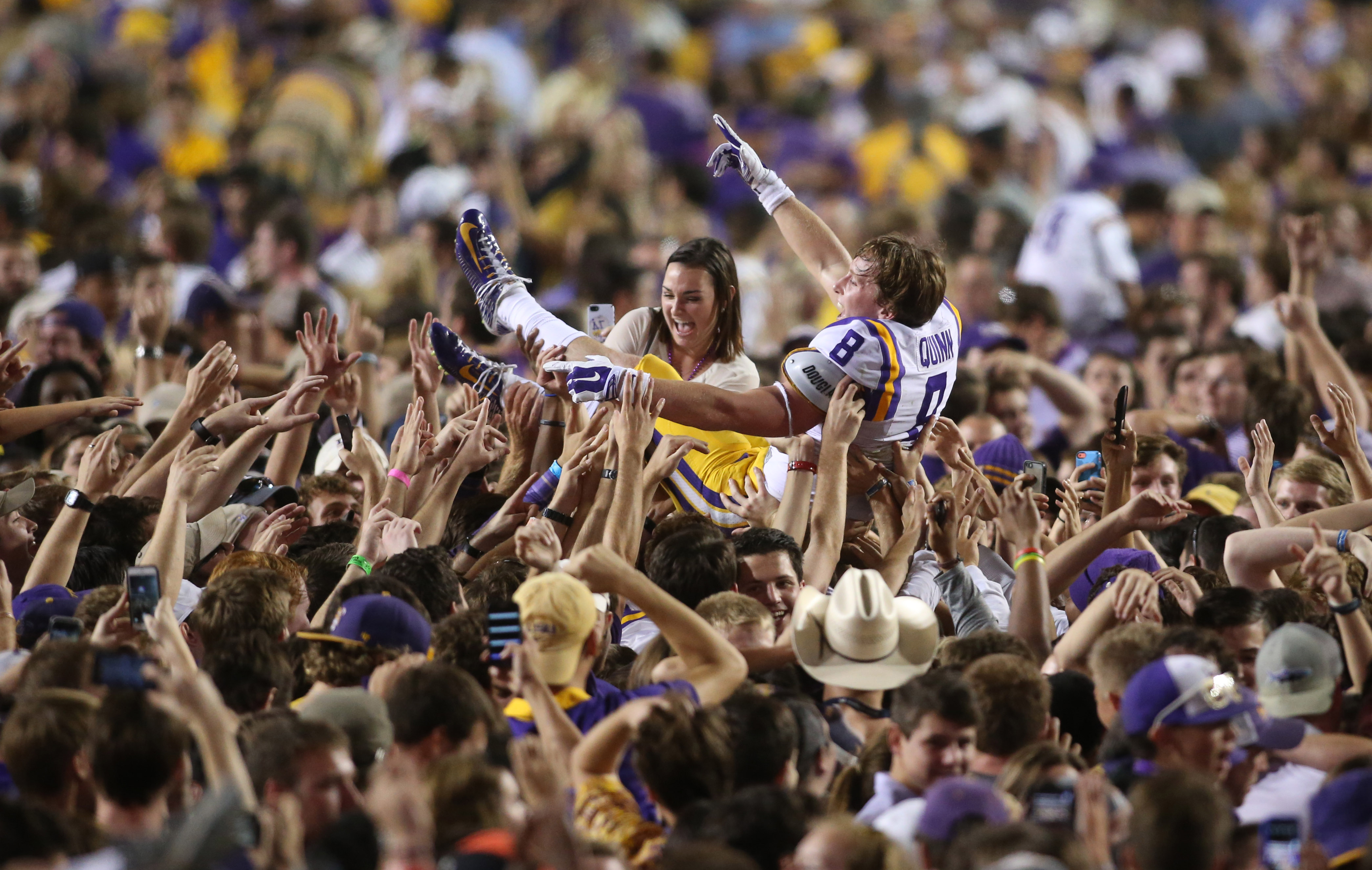 8164268-ncaa-football-mississippi-at-louisiana-state