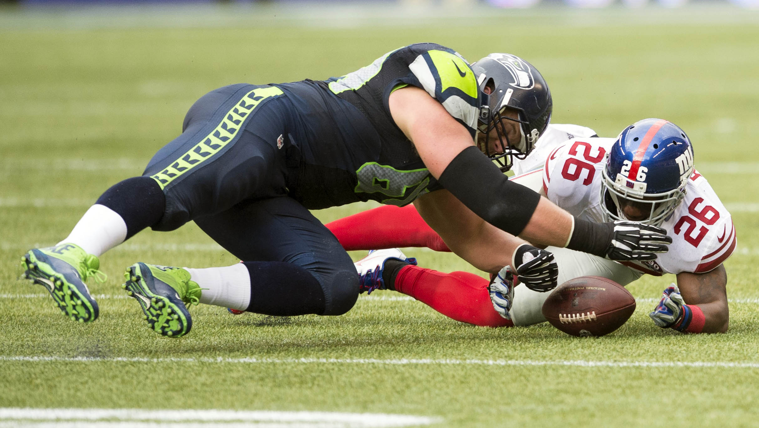8195106-nfl-new-york-giants-at-seattle-seahawks