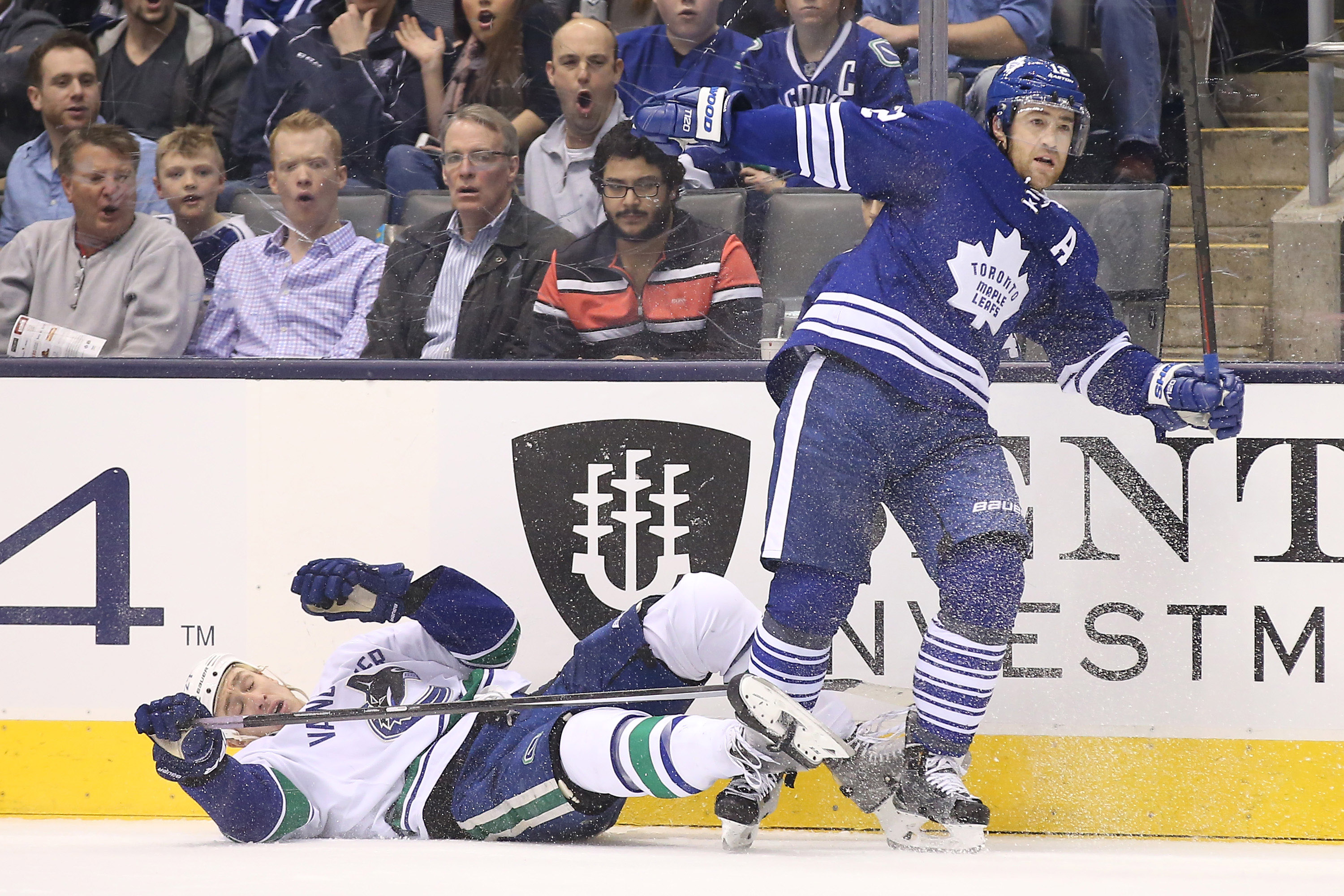 8255313-nhl-vancouver-canucks-at-toronto-maple-leafs