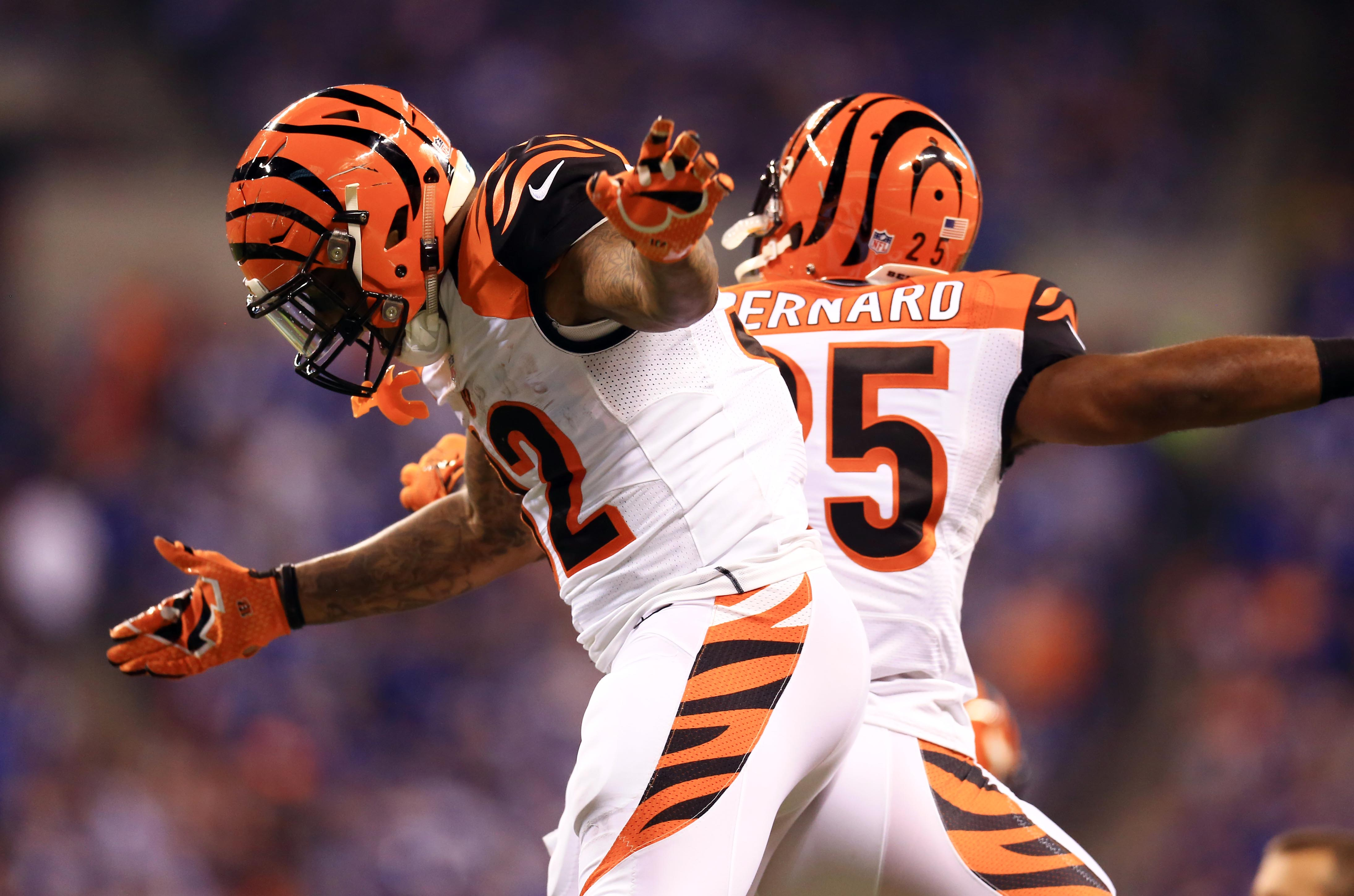 8313536-nfl-afc-wild-card-playoff-cincinnati-bengals-at-indianapolis-colts