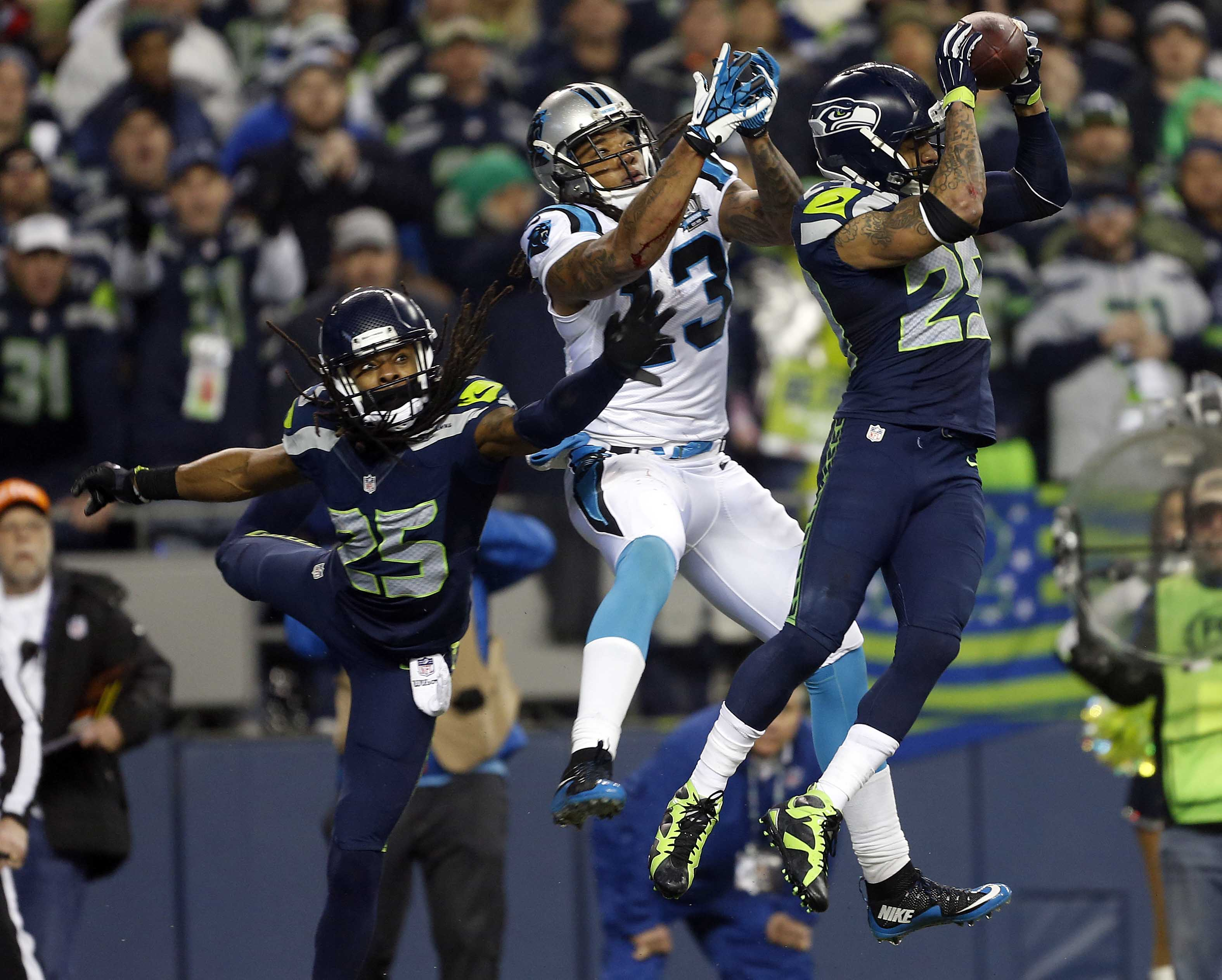 8324433-nfl-divisional-round-carolina-panthers-at-seattle-seahawks