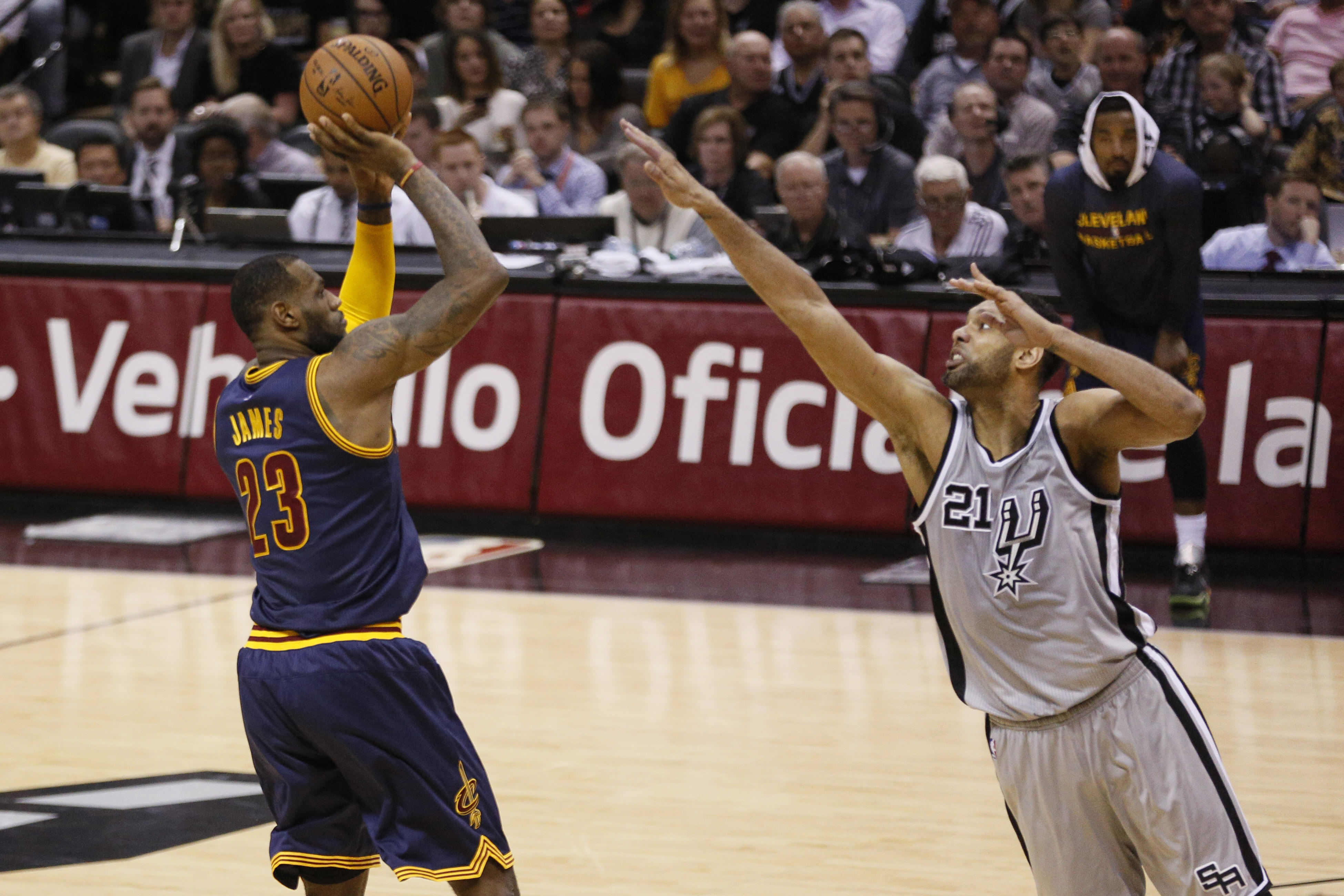 8441088-nba-cleveland-cavaliers-at-san-antonio-spurs