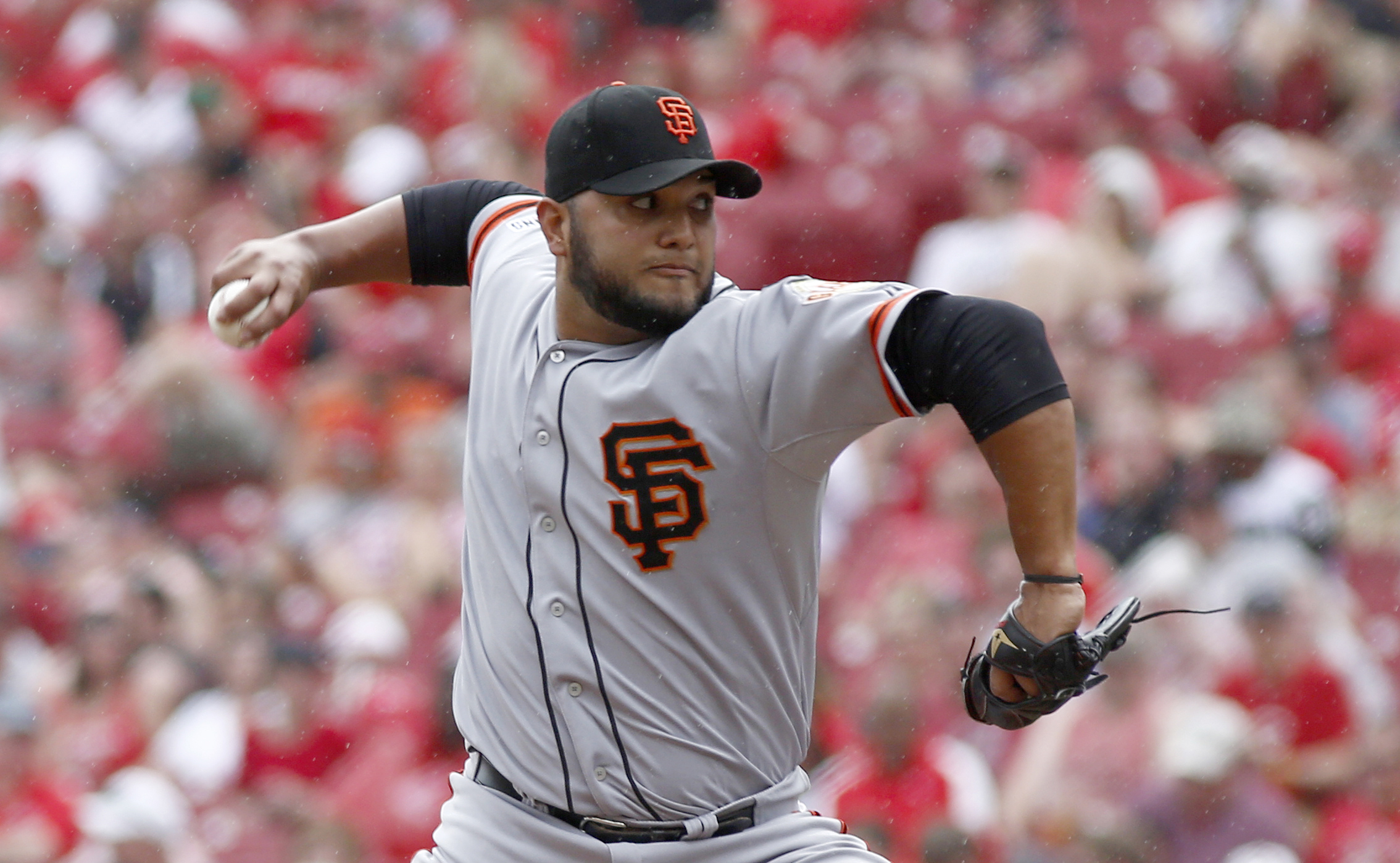 8570719-mlb-san-francisco-giants-at-cincinnati-reds
