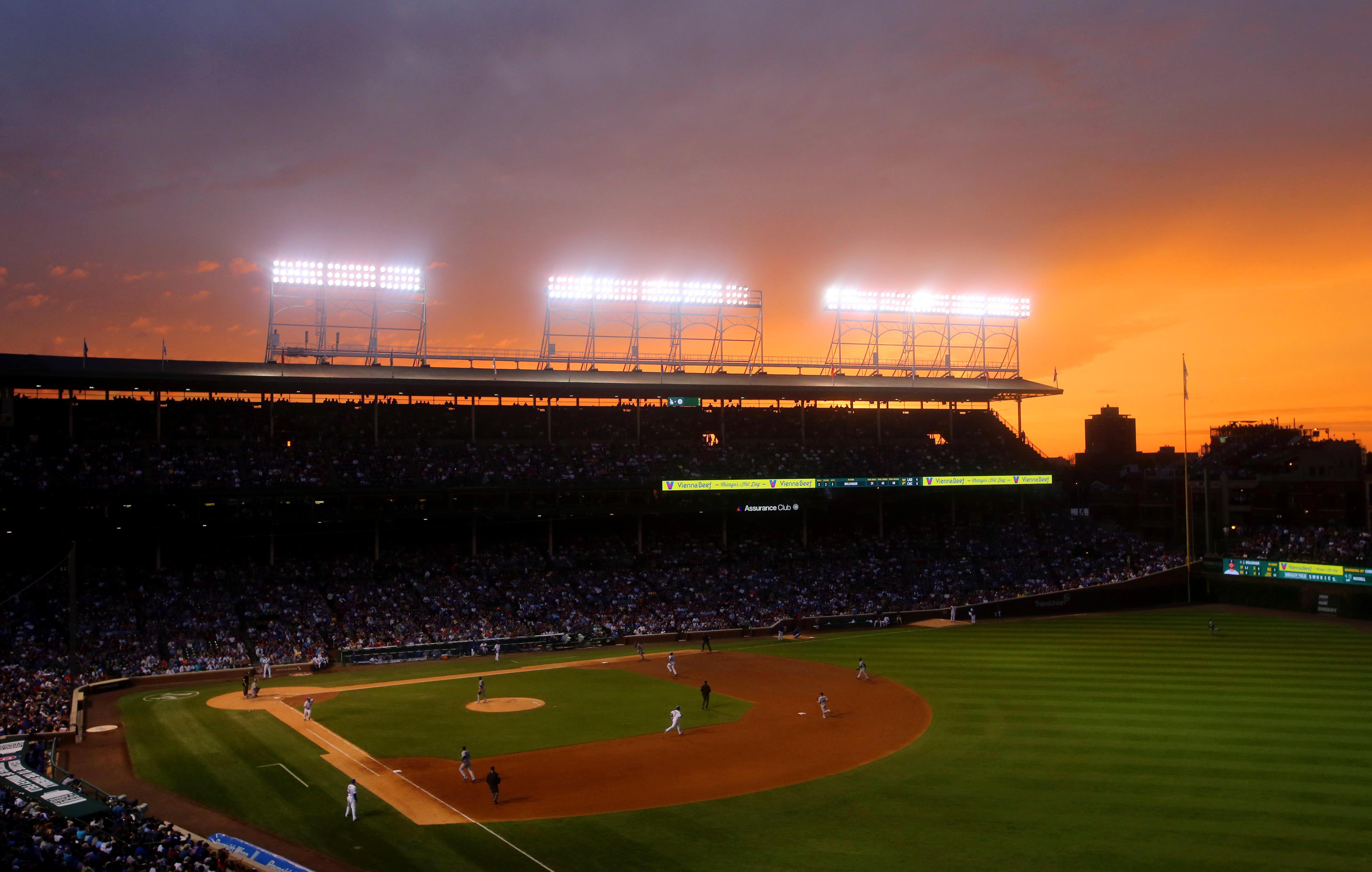 8666697-mlb-los-angeles-dodgers-at-chicago-cubs