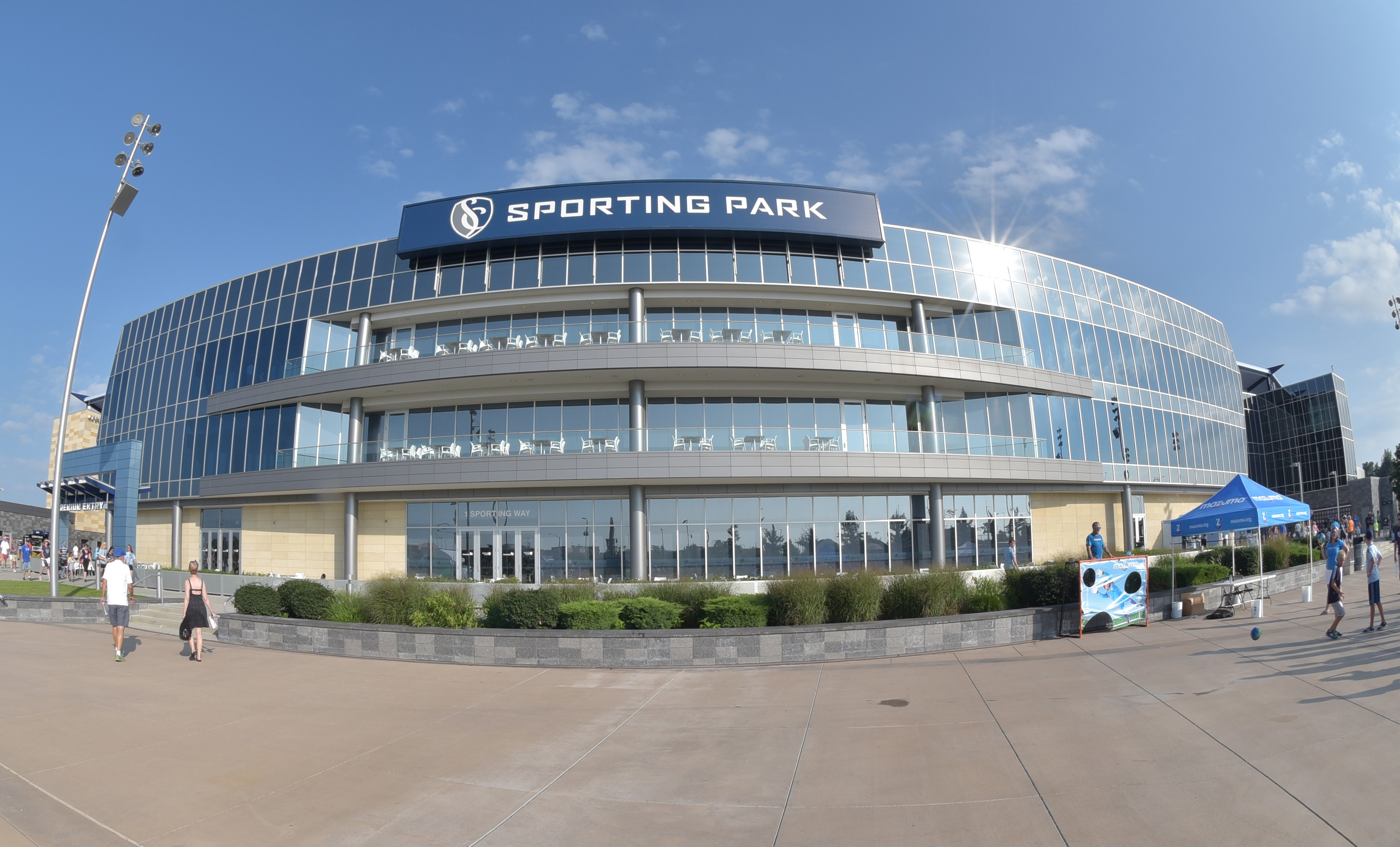 8703754-mls-montreal-impact-at-sporting-kc