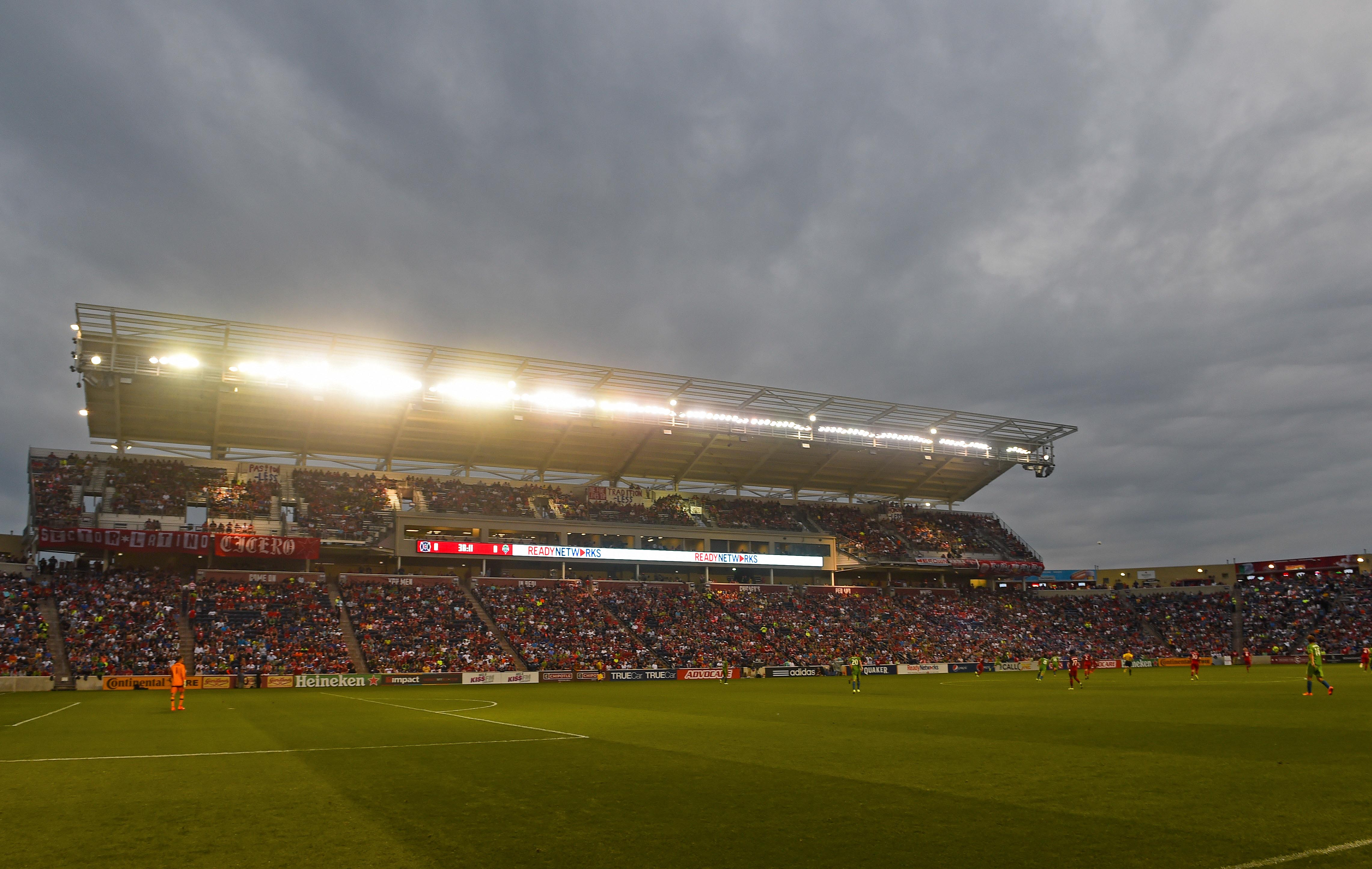 8709462-mls-seattle-sounders-fc-at-chicago-fire