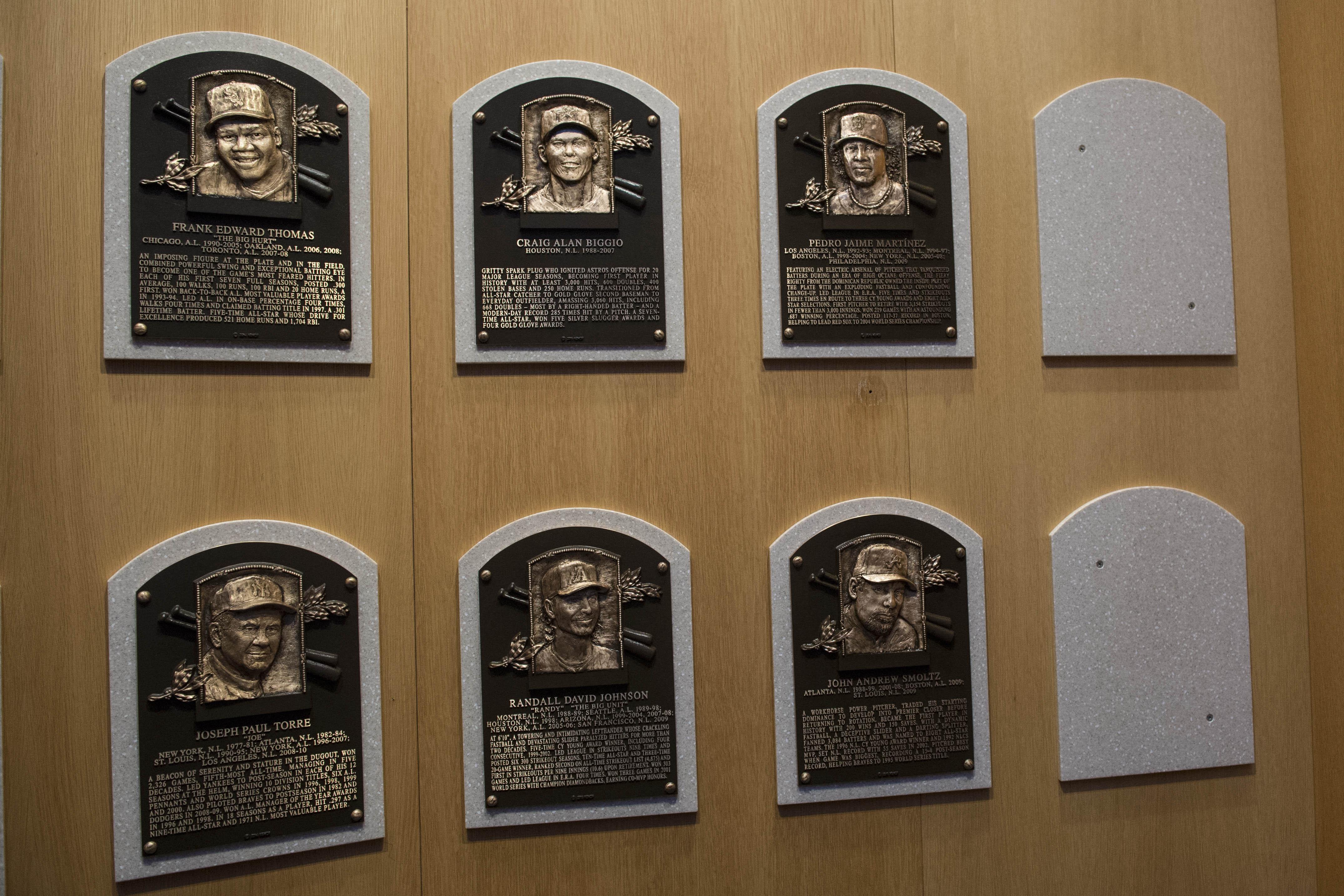 Columnist submits blank Baseball Hall of Fame ballot