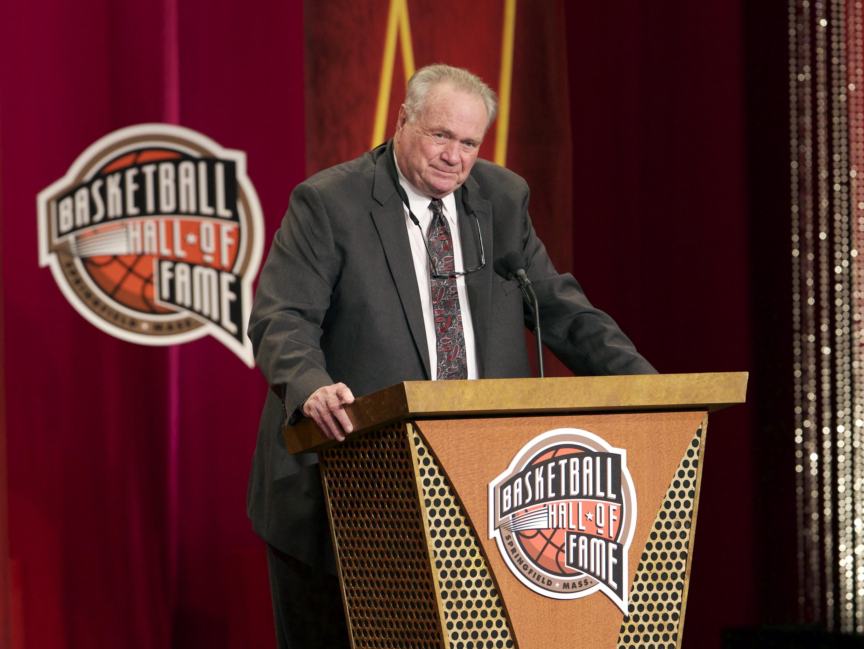 8794028-basketball-hall-of-fame-enshrinement