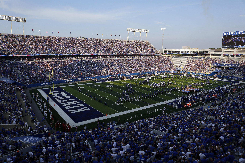 Kentucky Football: The 'Kroger Field' name change shouldn ...