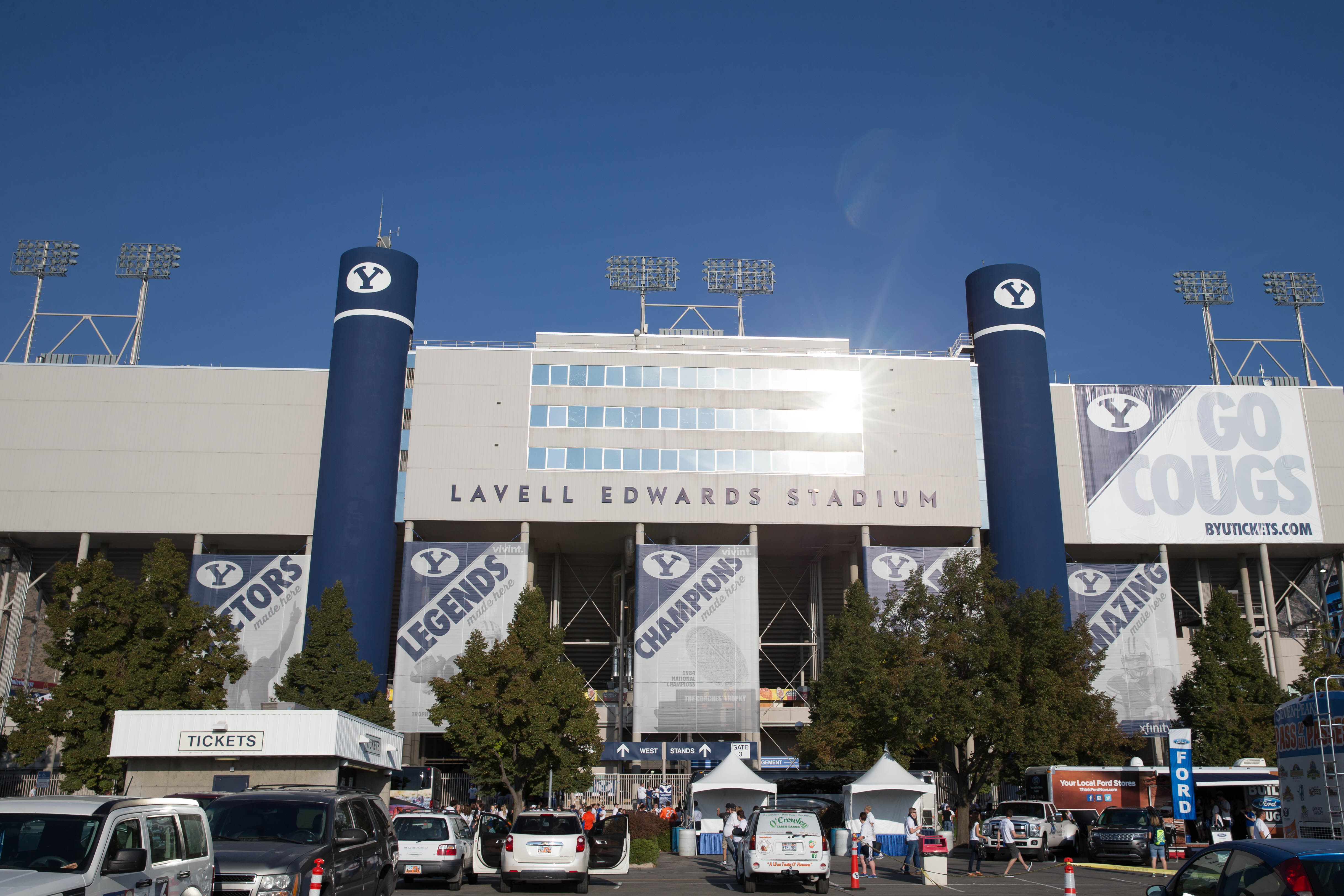 8797252-ncaa-football-boise-state-at-brigham-young