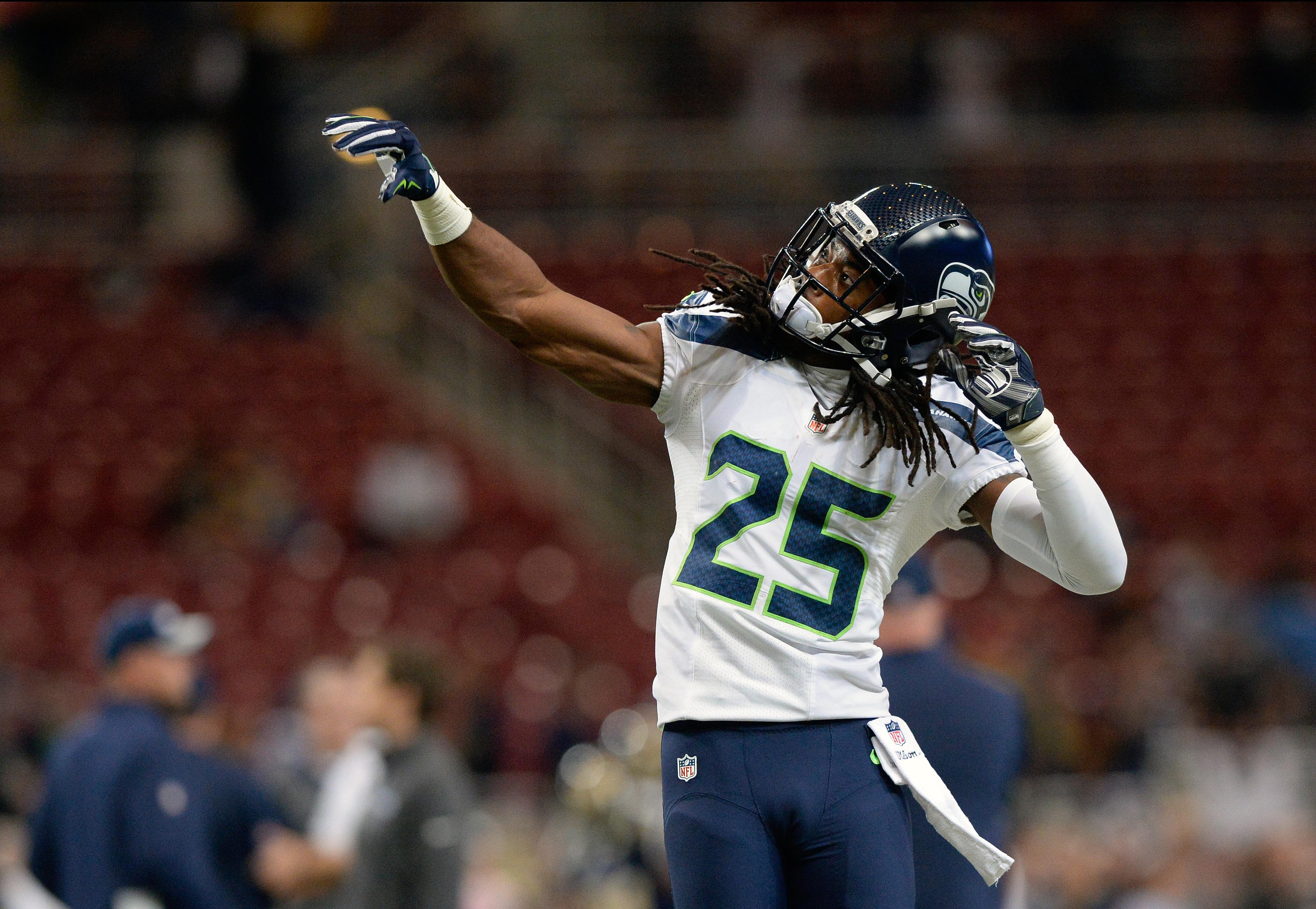 8808207-nfl-seattle-seahawks-at-st.-louis-rams